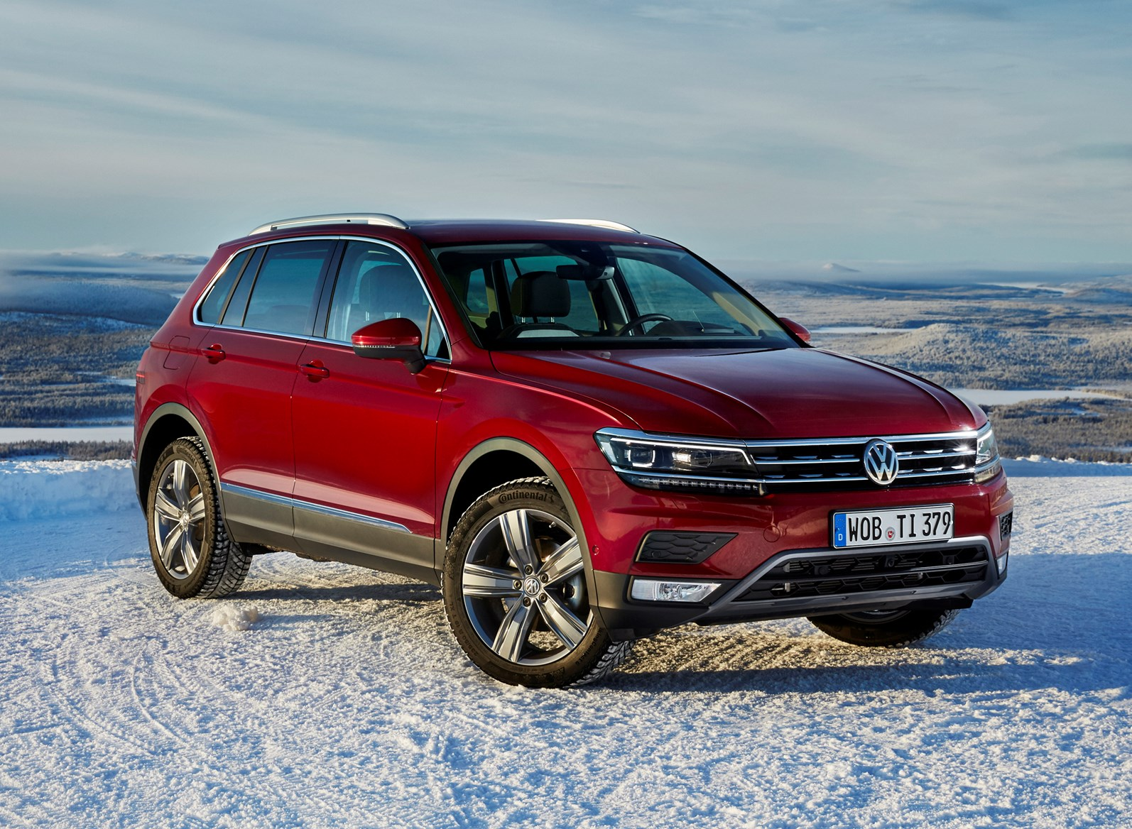 vw tiguan review parkers