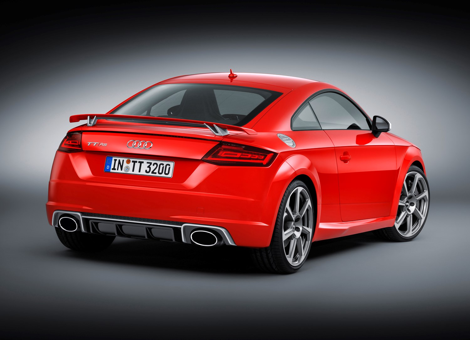 audi tt rs coupe review 2016 parkers. Black Bedroom Furniture Sets. Home Design Ideas