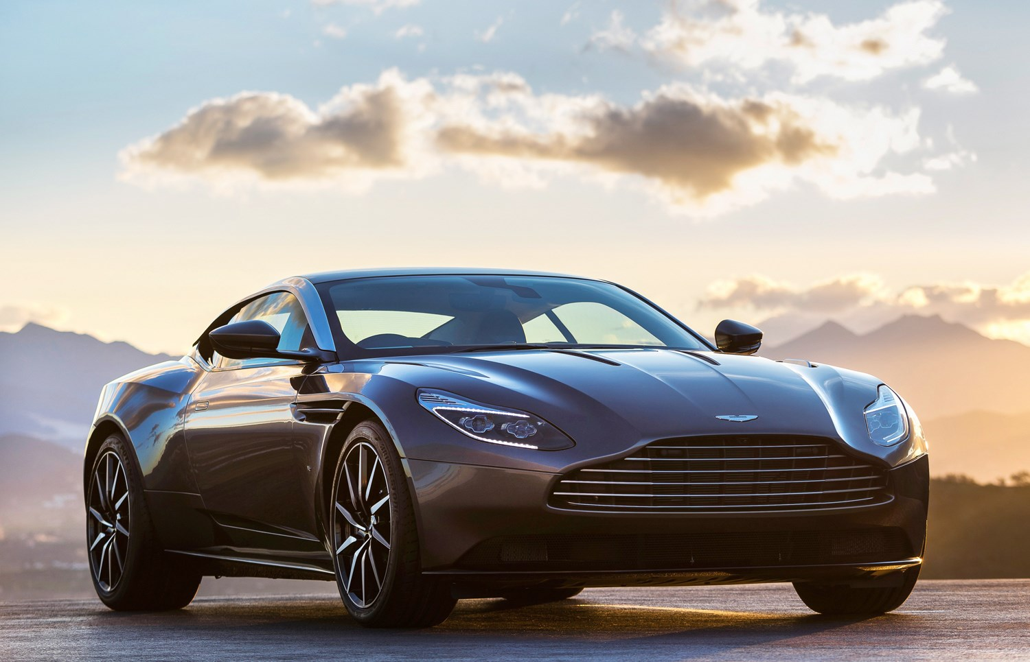 aston martin db11 coupe 2016 running costs parkers. Black Bedroom Furniture Sets. Home Design Ideas
