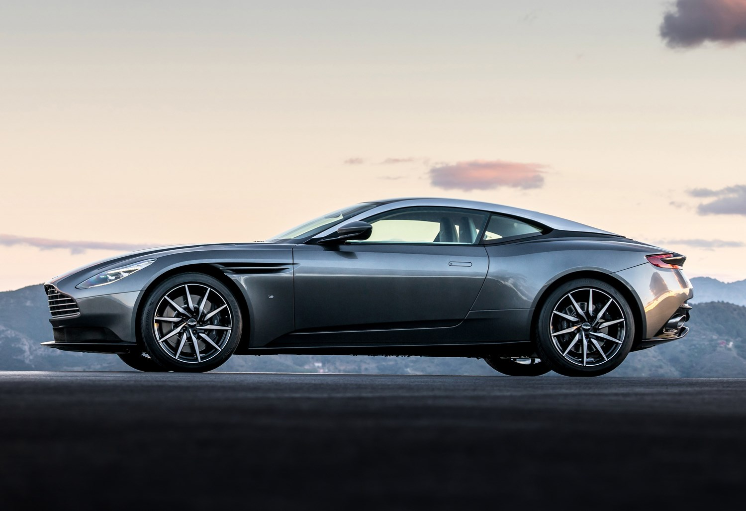 aston martin db11 coupe (2016 - ) features, equipment and