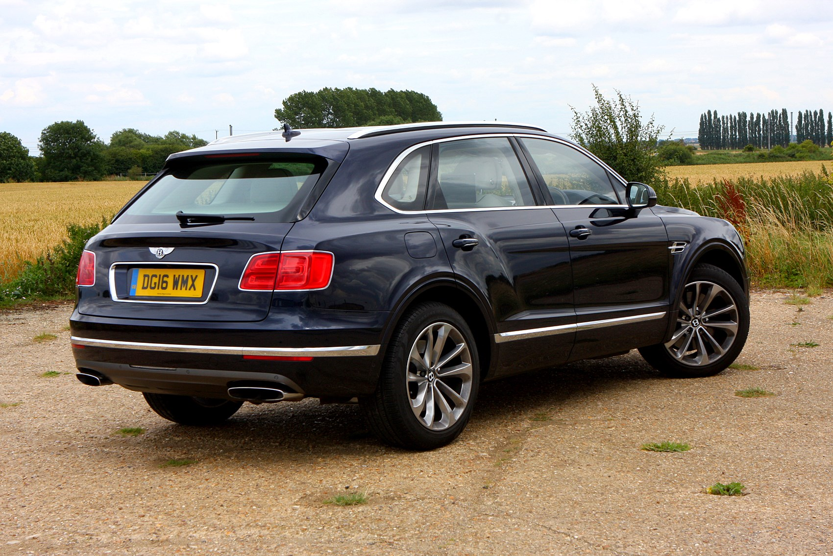 bentley bentayga suv 2016 running costs parkers. Black Bedroom Furniture Sets. Home Design Ideas