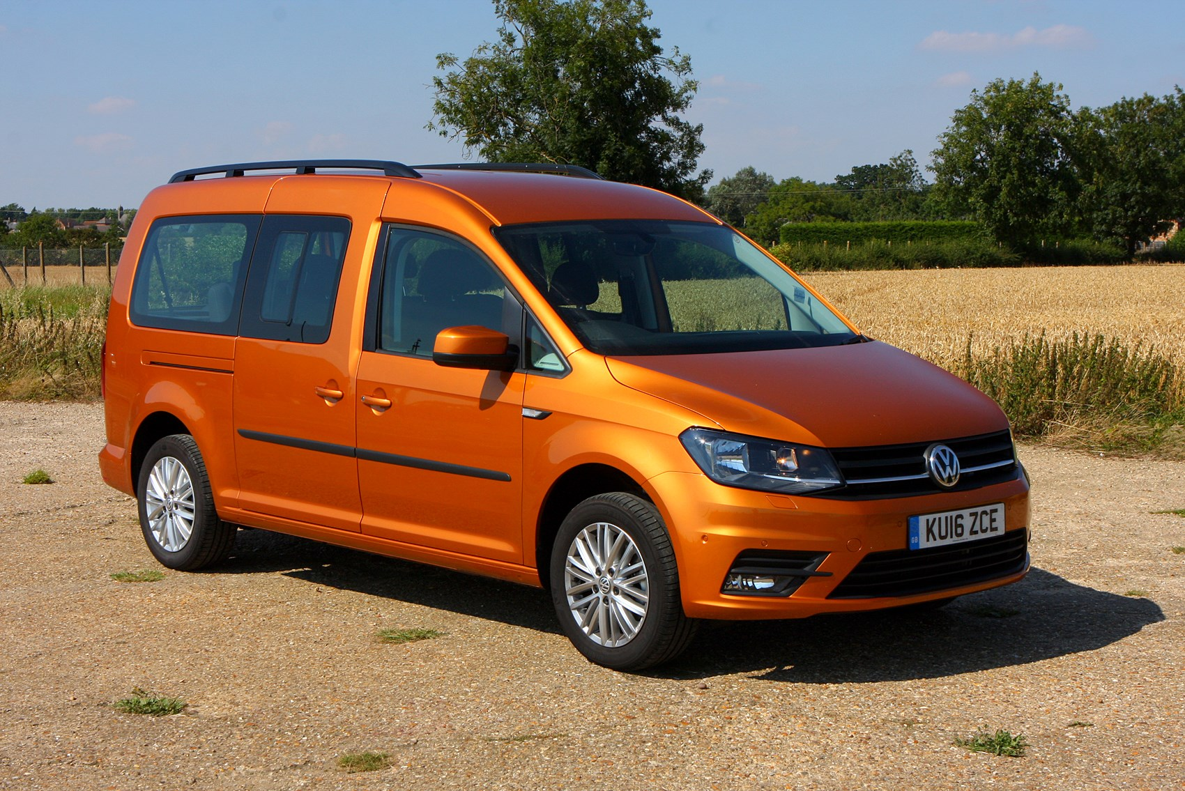 volkswagen caddy maxi life estate 2015 running costs. Black Bedroom Furniture Sets. Home Design Ideas