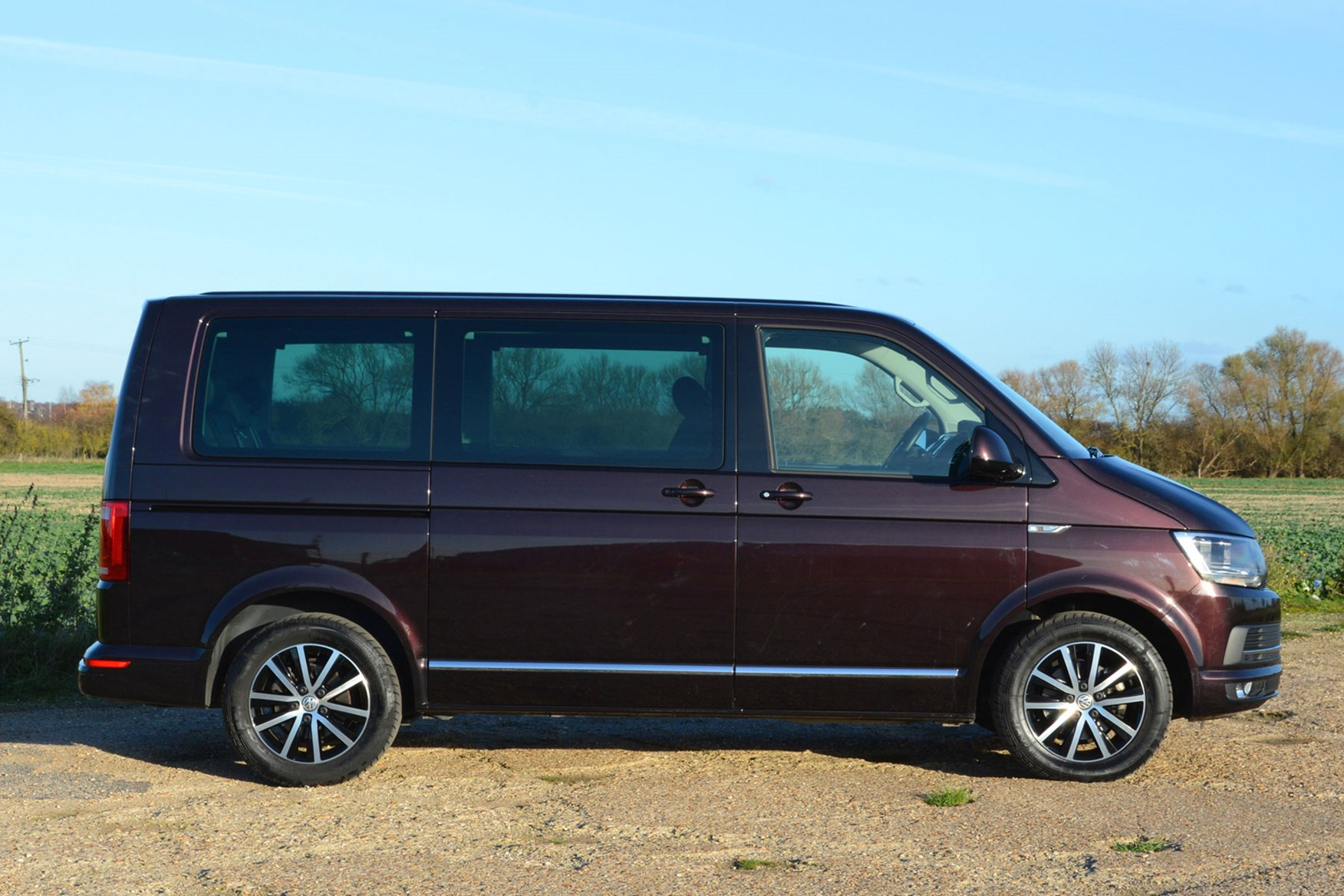 Volkswagen Caravelle Review (2019) | Parkers
