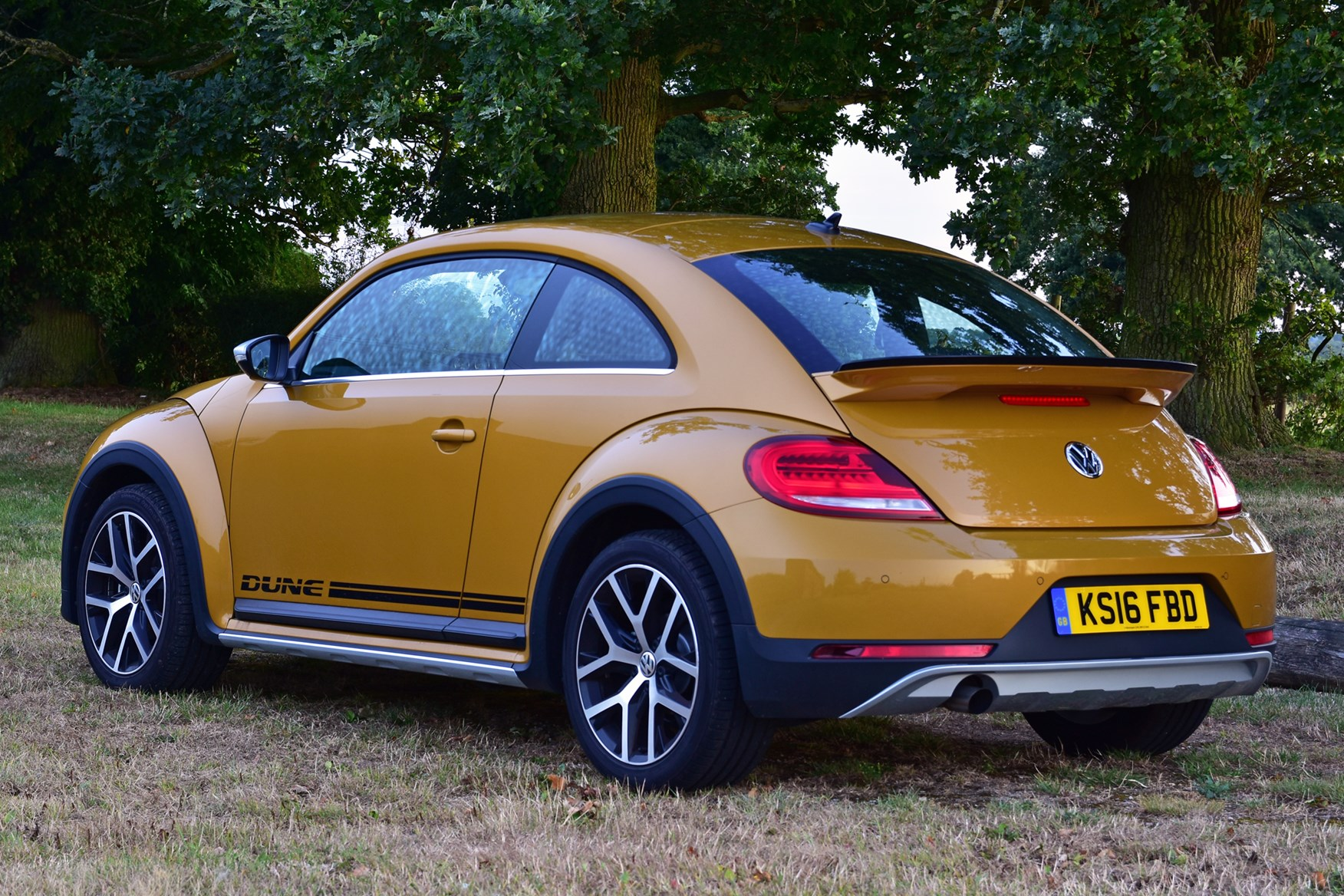 Vw 2016 Beetle Dune Coupe Static Exterior