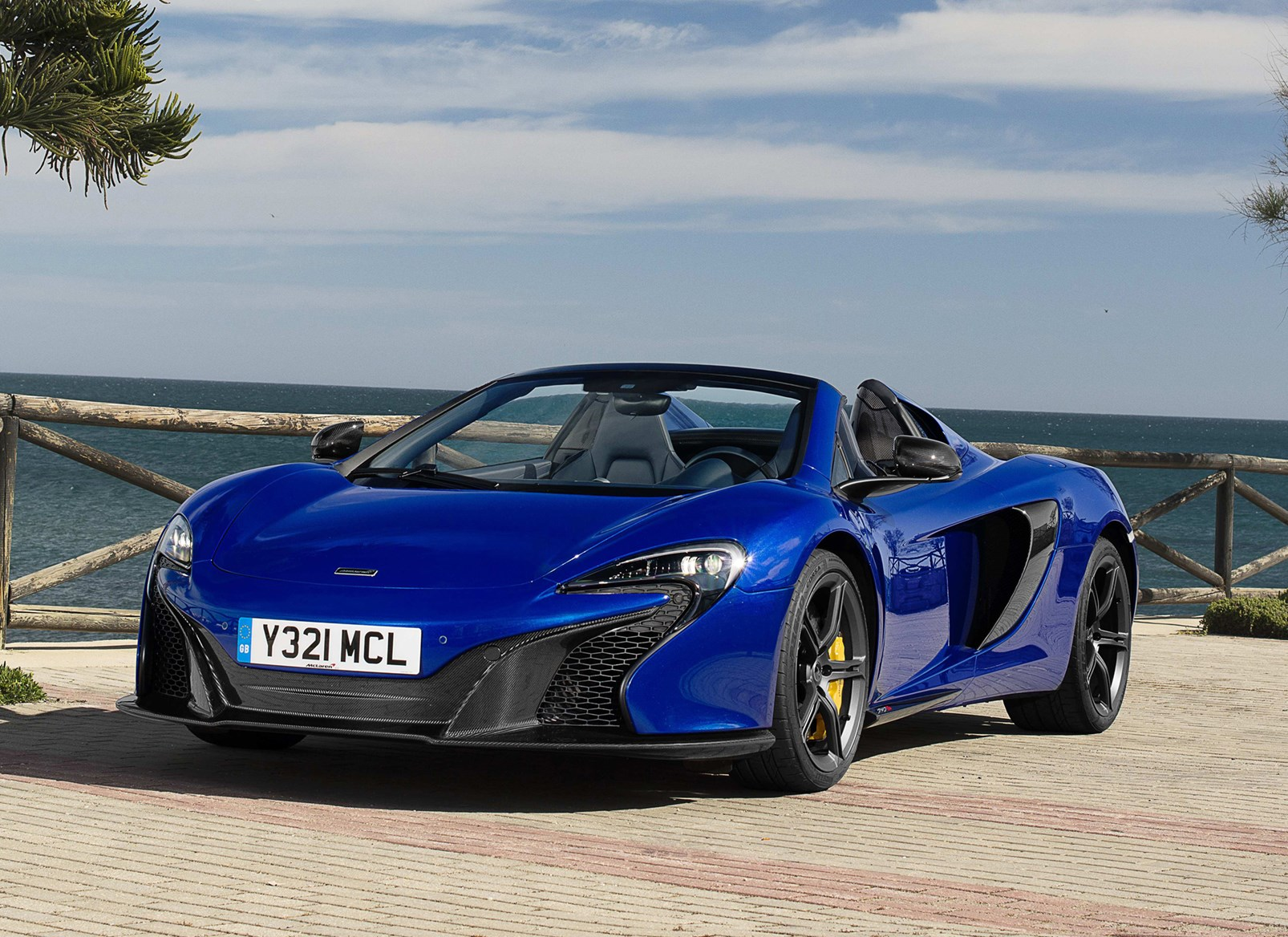 Mclaren 650s Spider Convertible Review 2014 Parkers