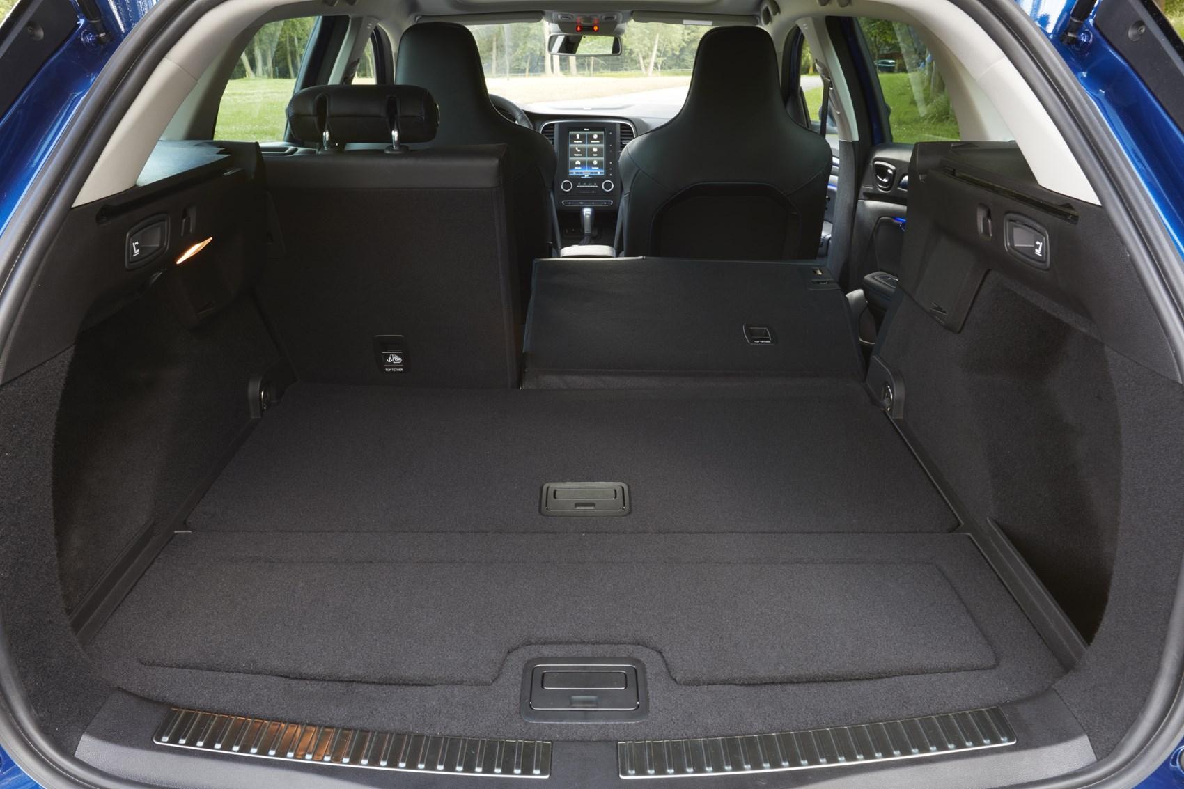 renault megane sport tourer equipment safety and interior. Black Bedroom Furniture Sets. Home Design Ideas