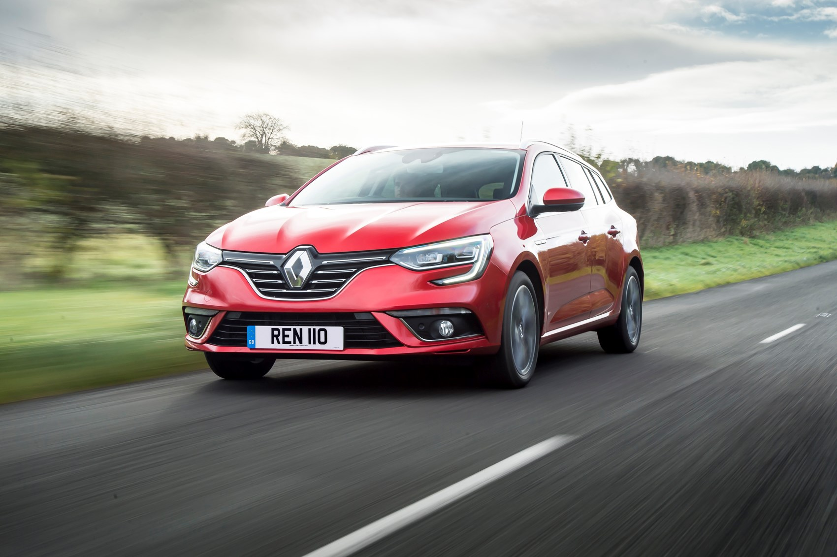 Renault Megane Sport Tourer (2019) Practicality & Boot Space