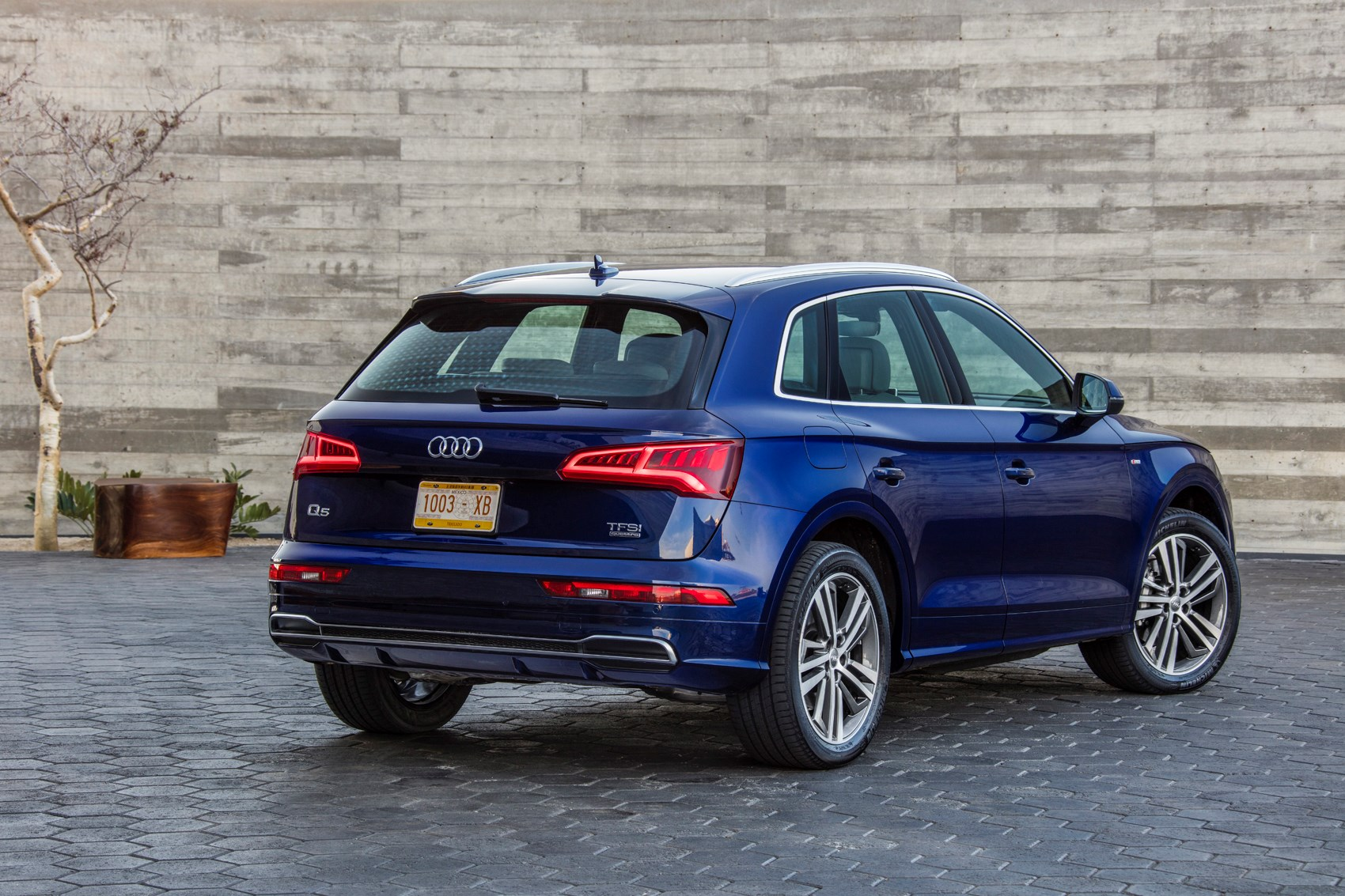 Audi Q5 (2019) Practicality, Boot Space & Dimensions | Parkers