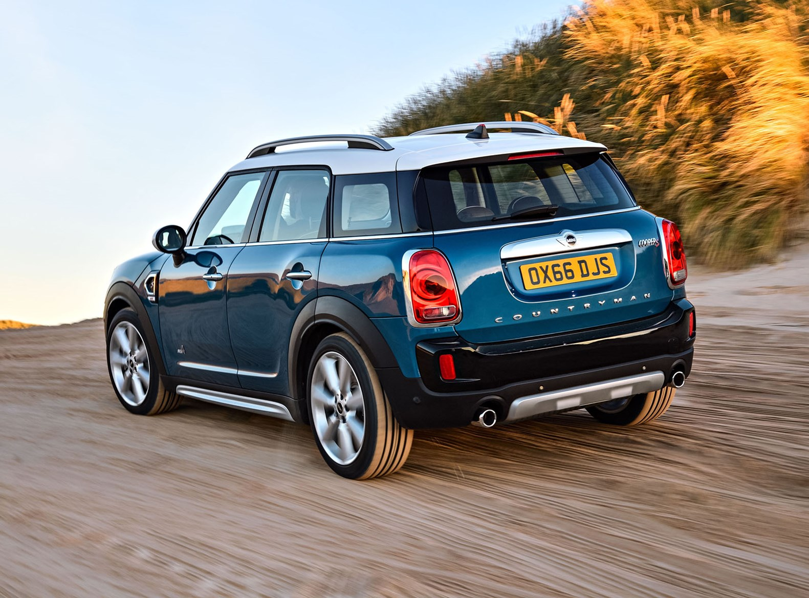 MINI Countryman review: summary | Parkers