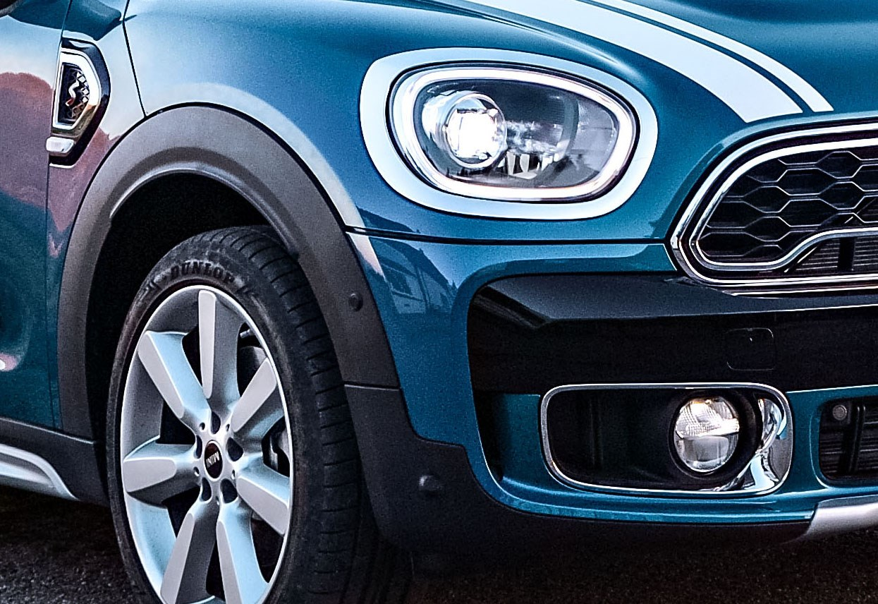 Mini Countryman Suv 2017 Features Equipment And Accessories