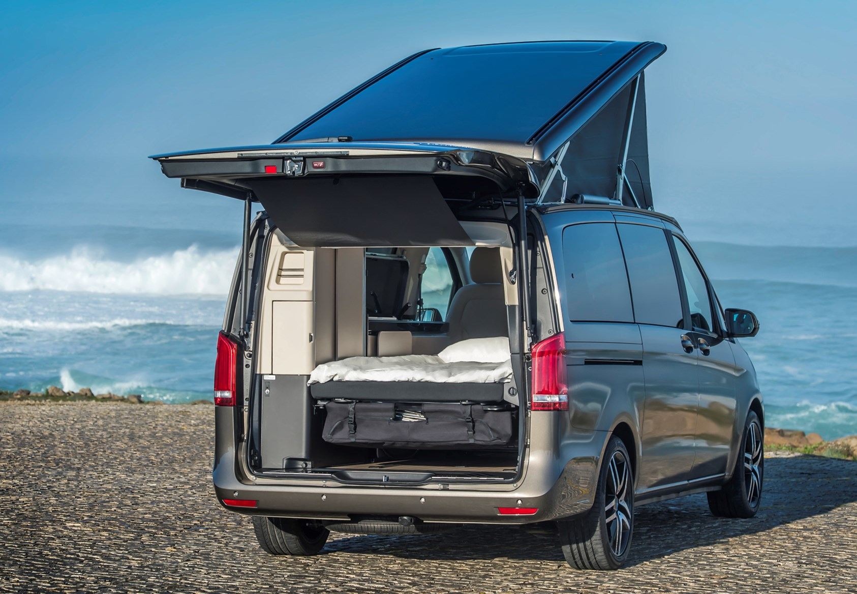 Mercedes-Benz V-Class Marco Polo Review (2019) | Parkers
