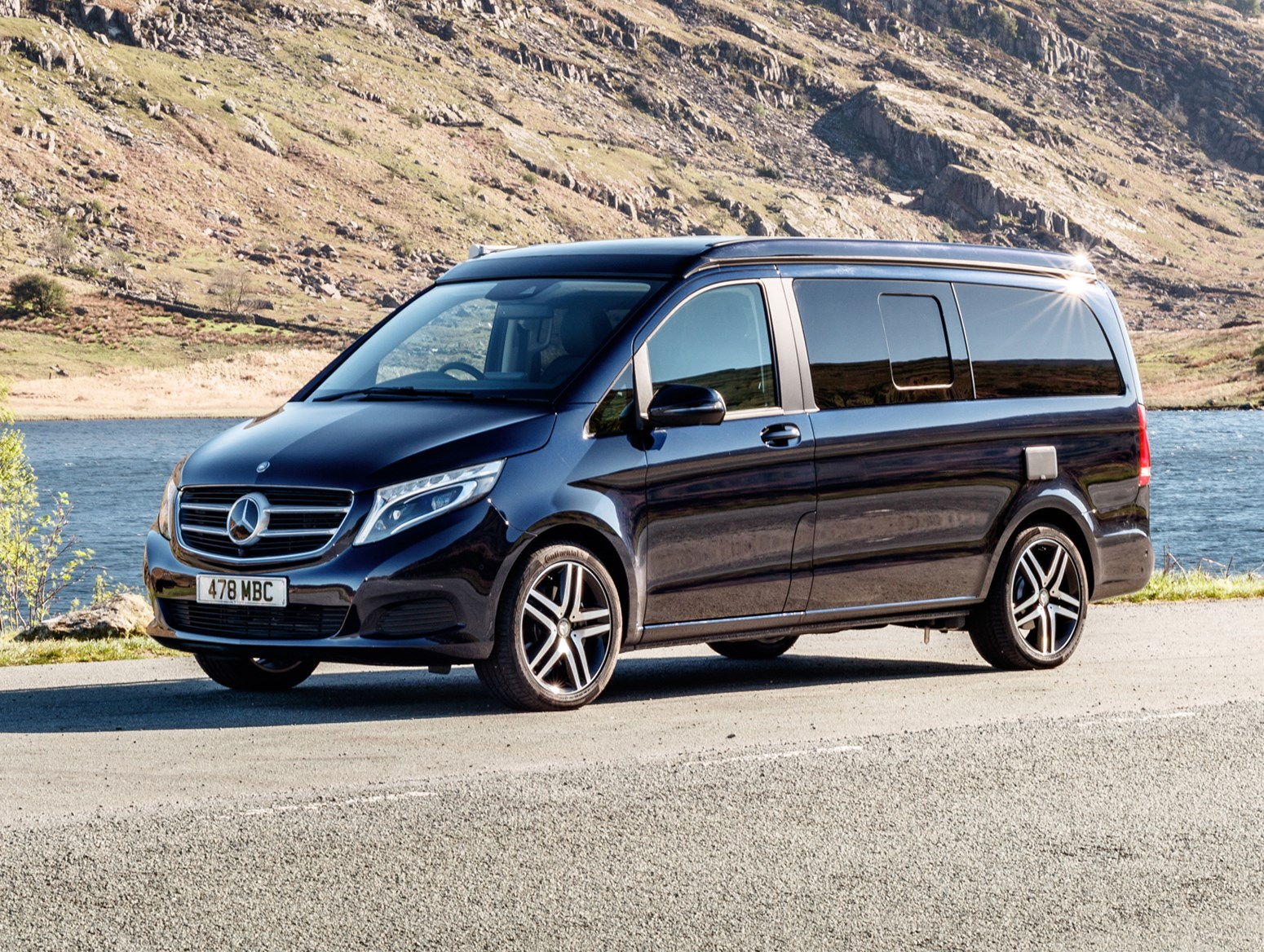 mercedes benz v class marco polo 2017 photos parkers. Black Bedroom Furniture Sets. Home Design Ideas