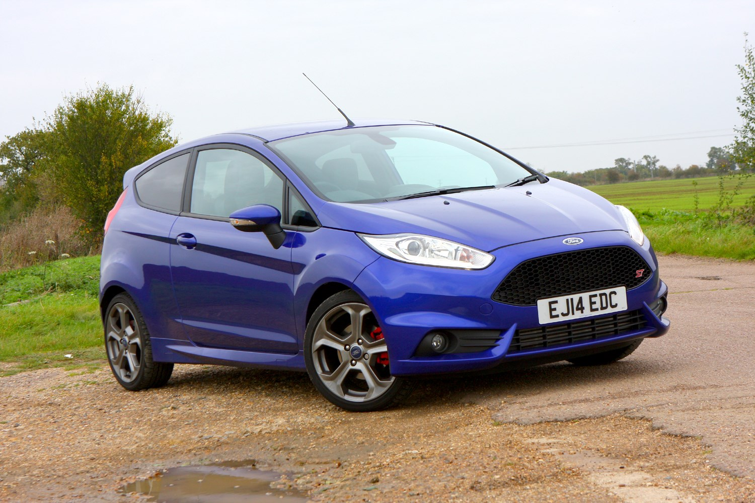 ford fiesta st 3 mountune welcome parkers. Black Bedroom Furniture Sets. Home Design Ideas
