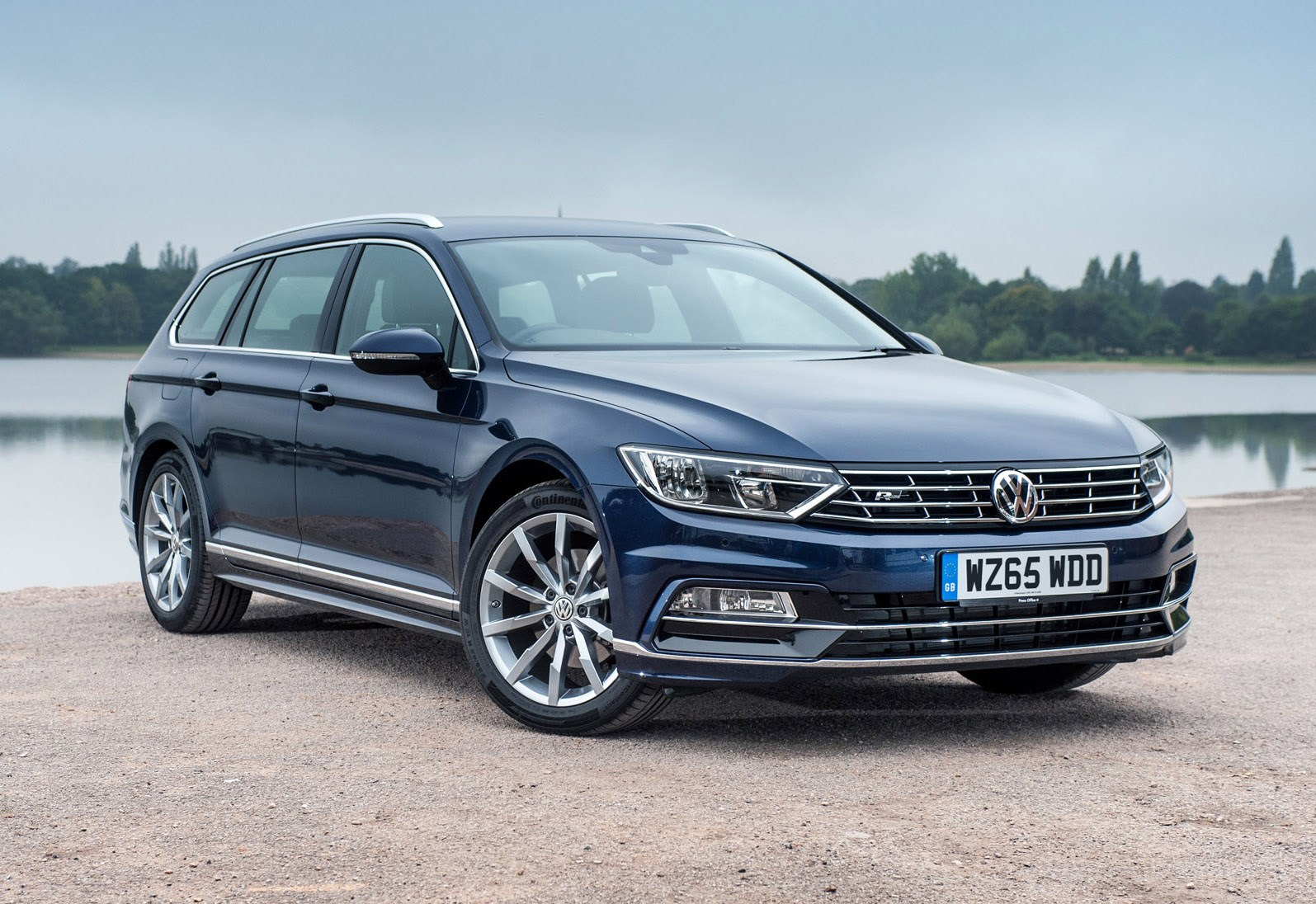 Best estate cars for golfers | Parkers