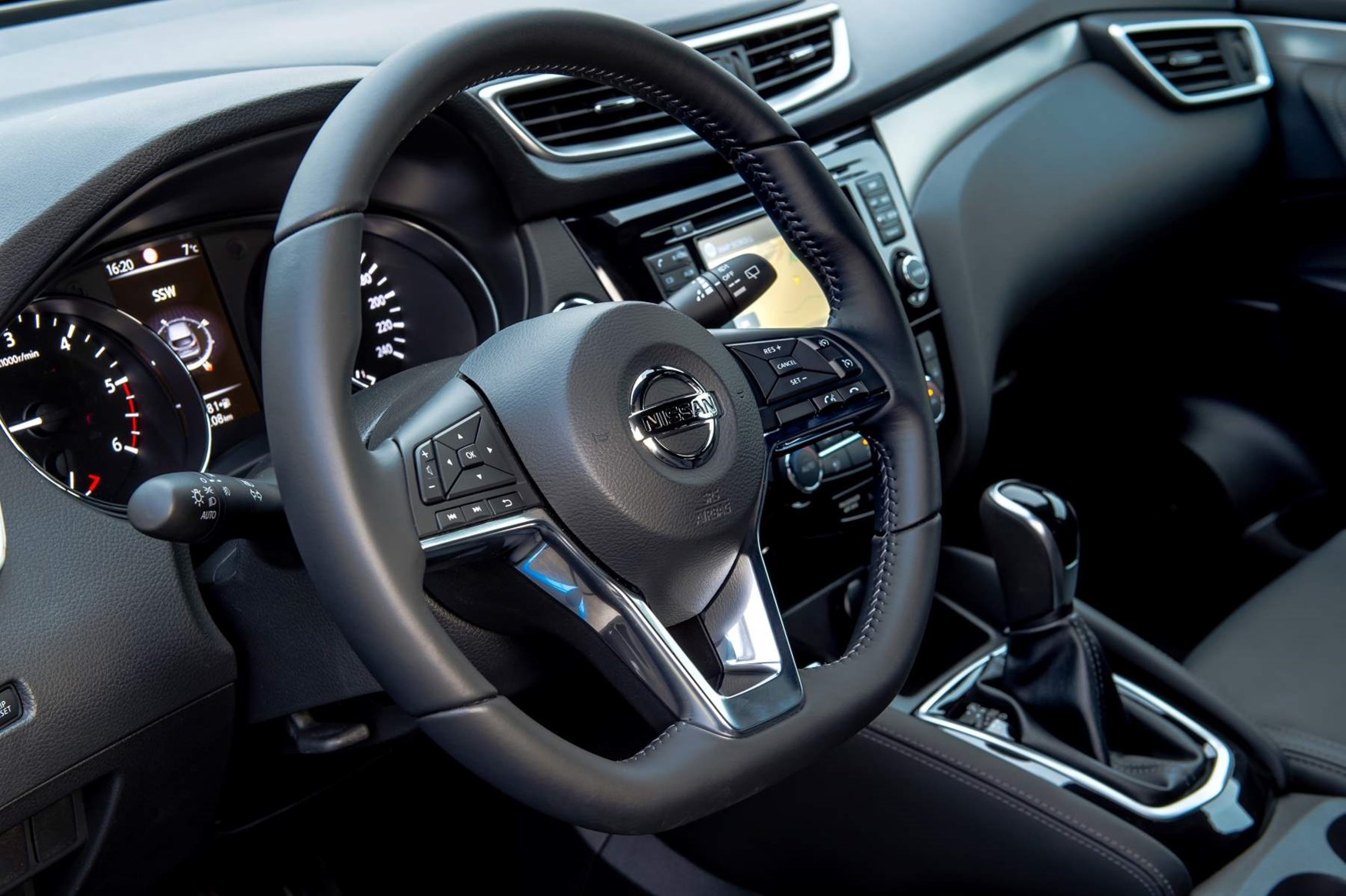 nissan qashqai which version is best parkers rh parkers co uk nissan qashqai user manual pdf nissan qashqai user manual 2015
