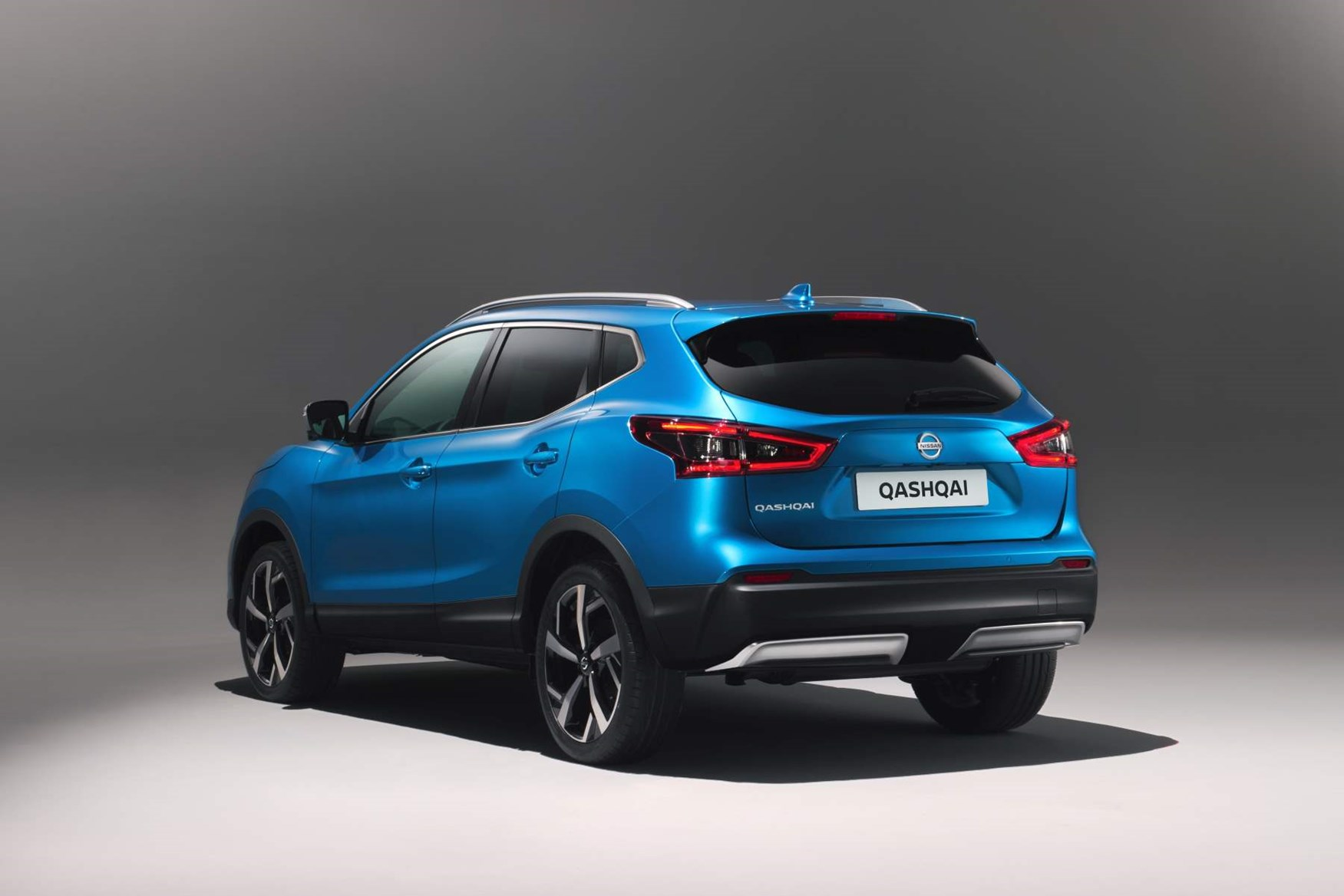 nissan qashqai which version is best parkers. Black Bedroom Furniture Sets. Home Design Ideas