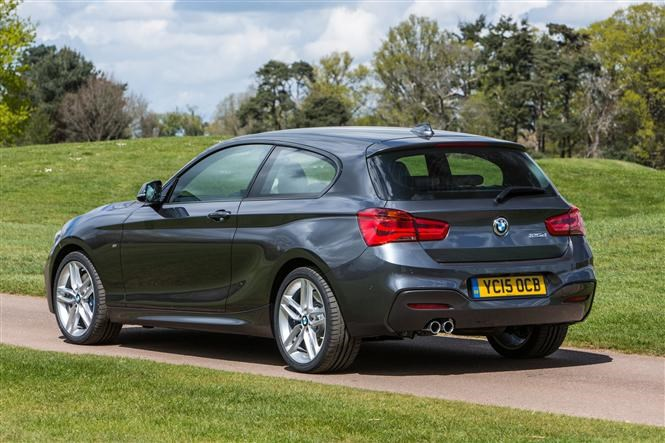 bmw 1 series which version is best parkers. Black Bedroom Furniture Sets. Home Design Ideas