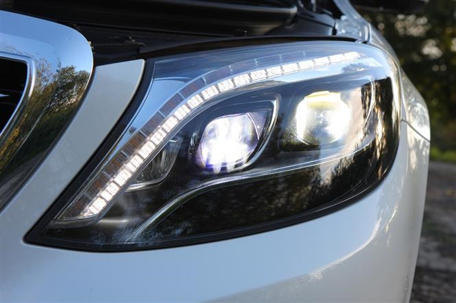 The A-Z guide to headlights | Parkers