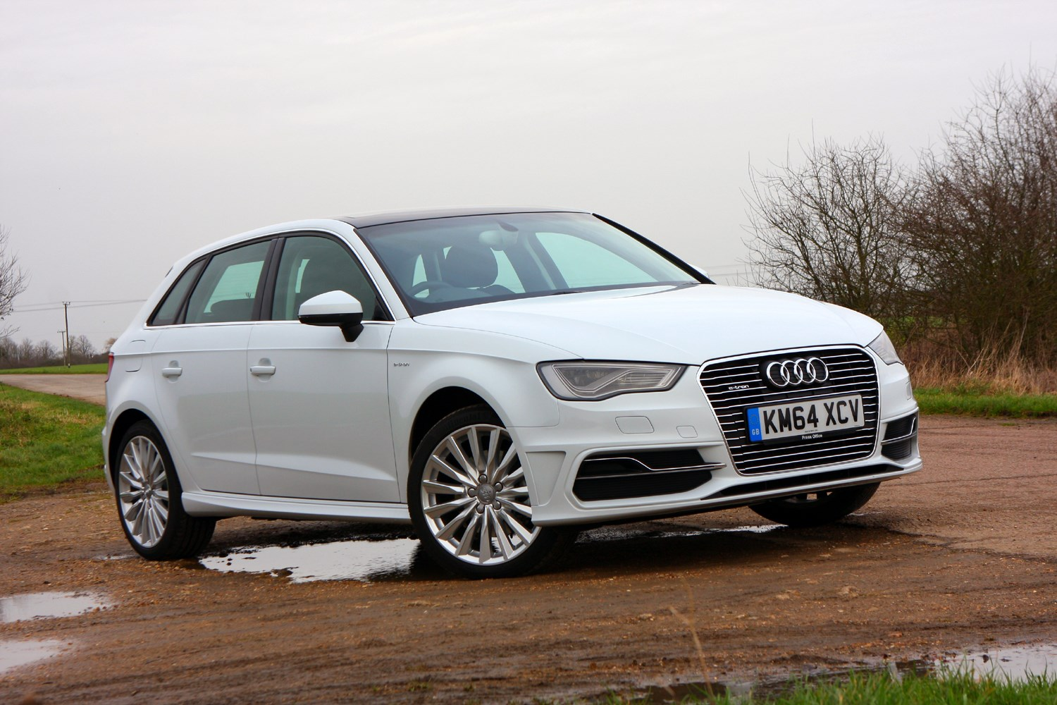 road test audi a3 sportback 1 4 tfsi e tron s tronic parkers. Black Bedroom Furniture Sets. Home Design Ideas