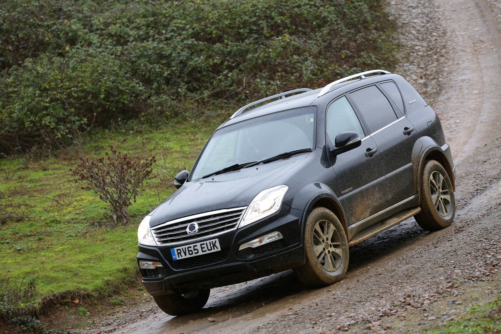 ssangyong rexton suv 2016 2017 running costs parkers. Black Bedroom Furniture Sets. Home Design Ideas
