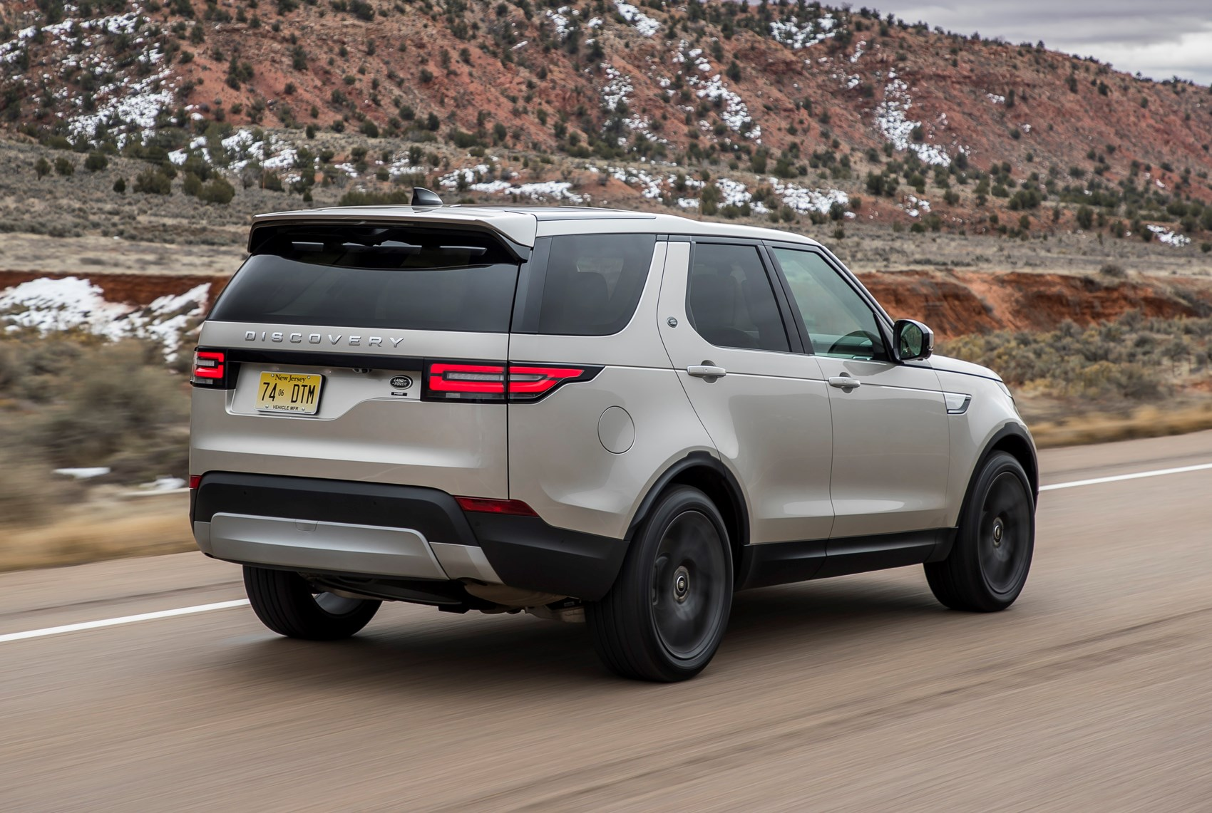 land rover discovery review parkers range rover discovery sport preis range rover discovery technische daten