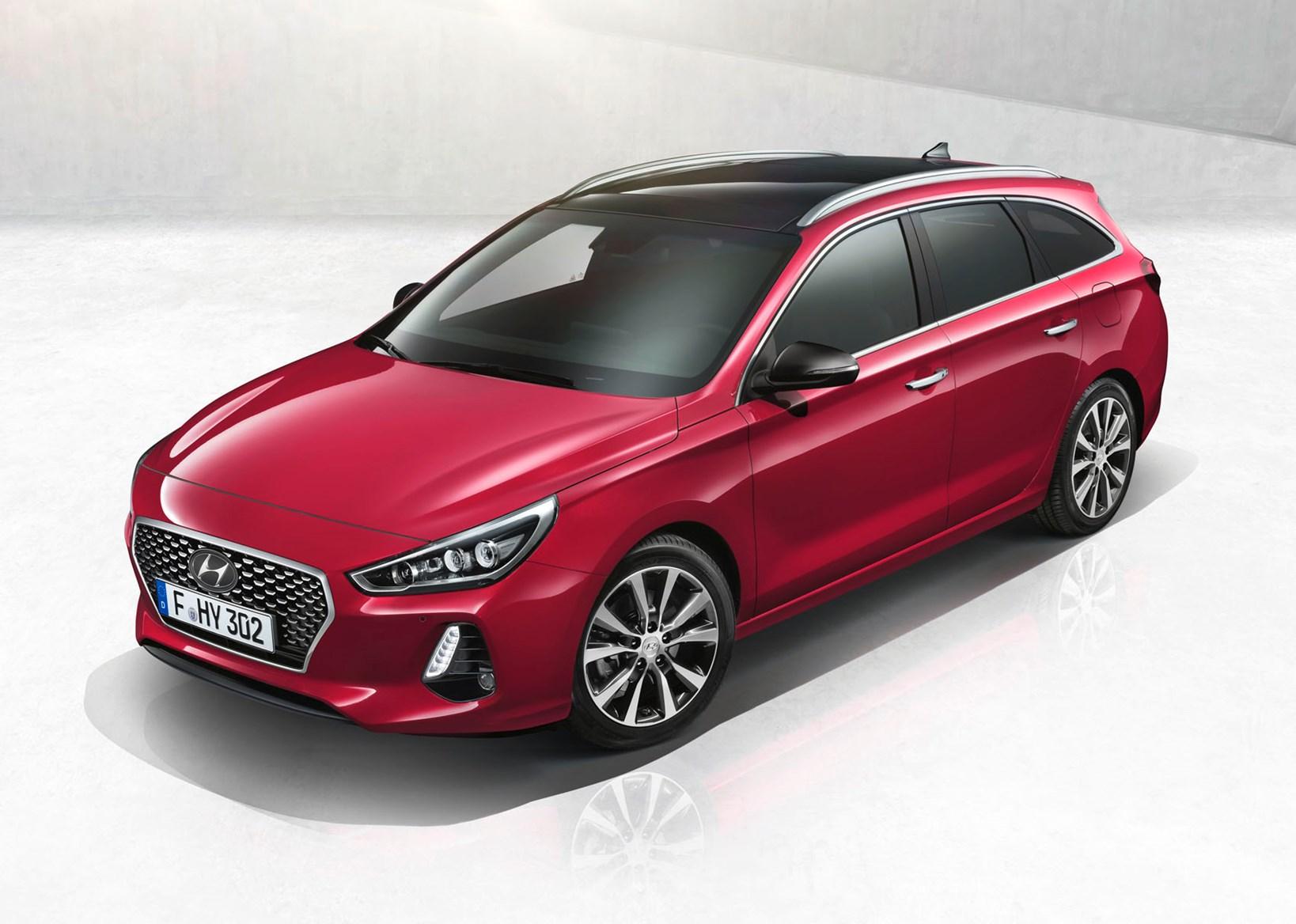 Hyundai i30 Tourer Review (2020)   Parkers