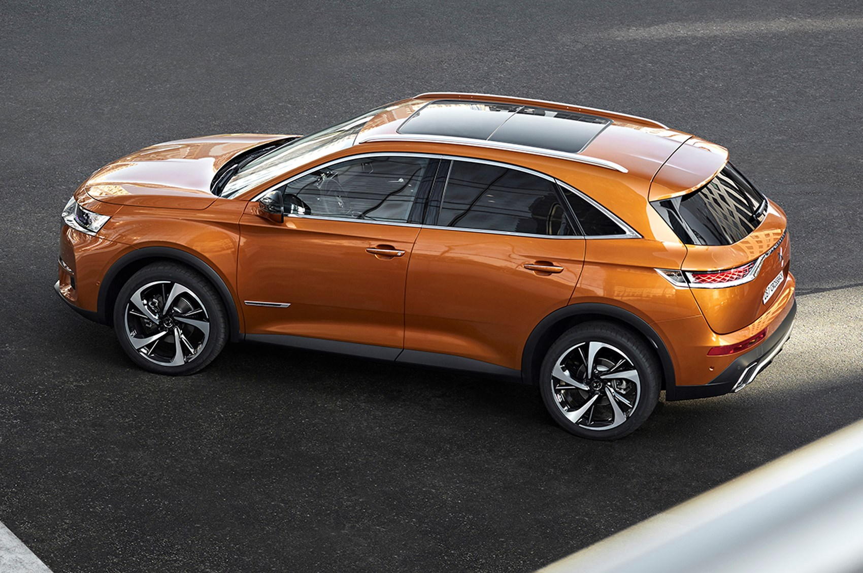 DS 7 Crossback (2021) top view