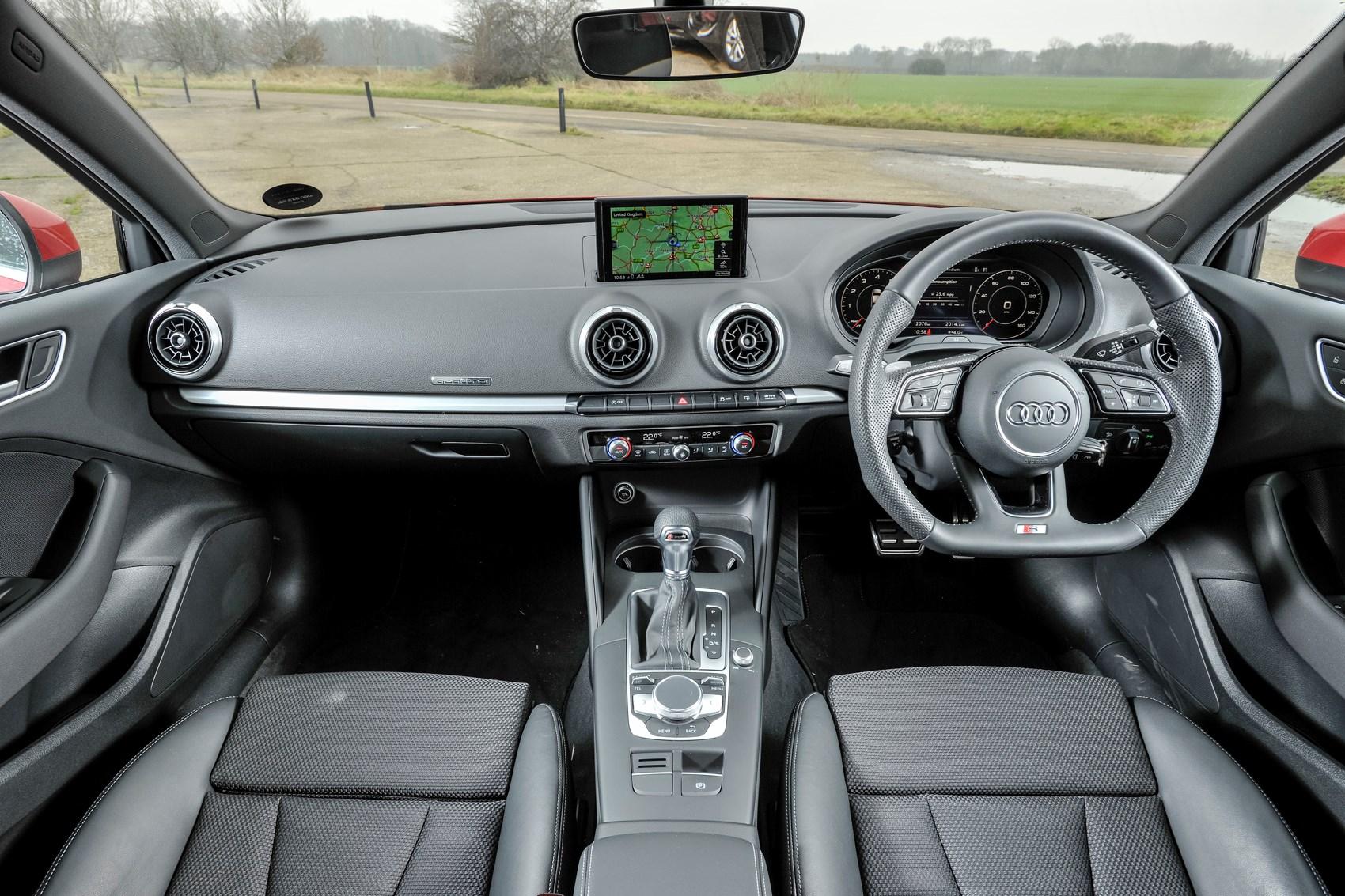 Audi A Saloon Longterm Review Parkers - Audi a3 interior