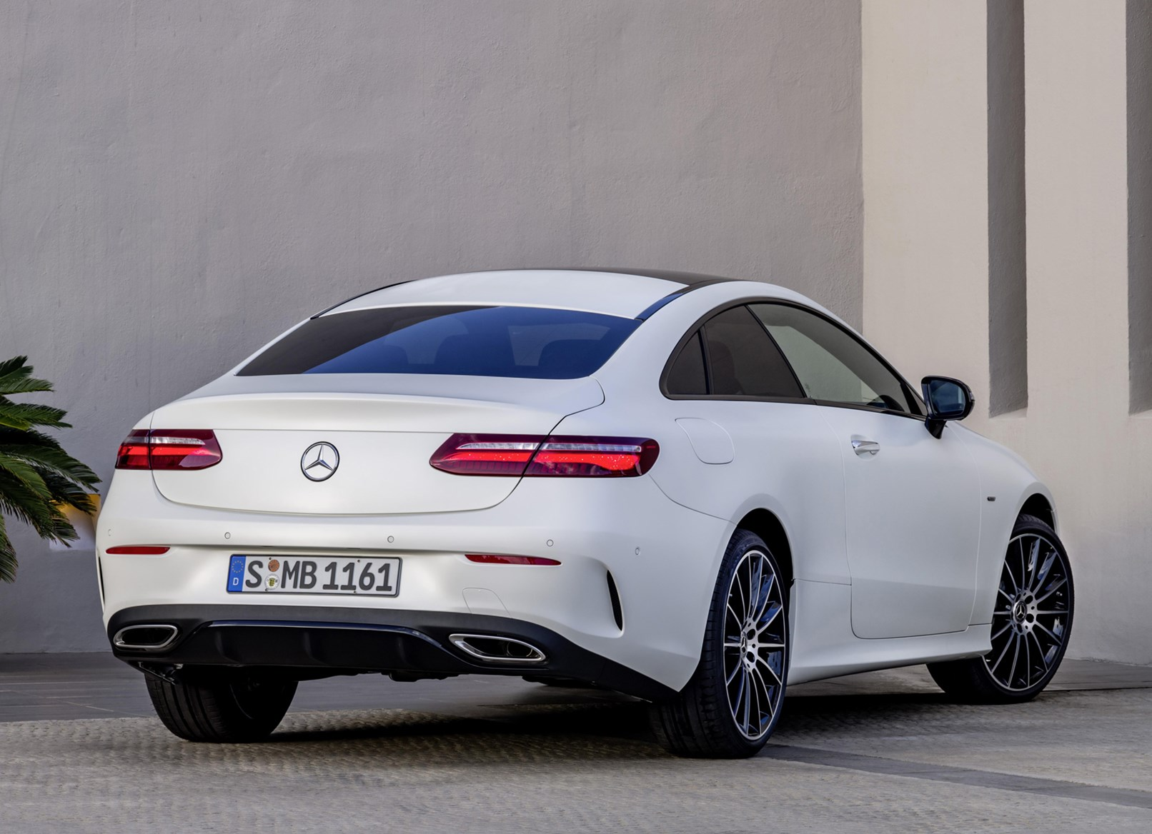 Mercedes Benz 2017 E Cl Coupe Static Exterior
