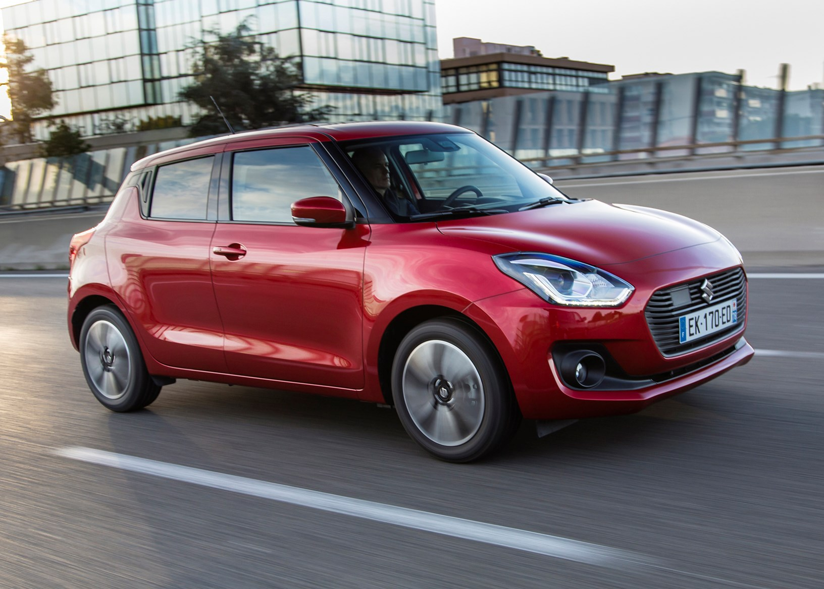Suzuki Swift Hatchback Review (2017 - ) | Parkers