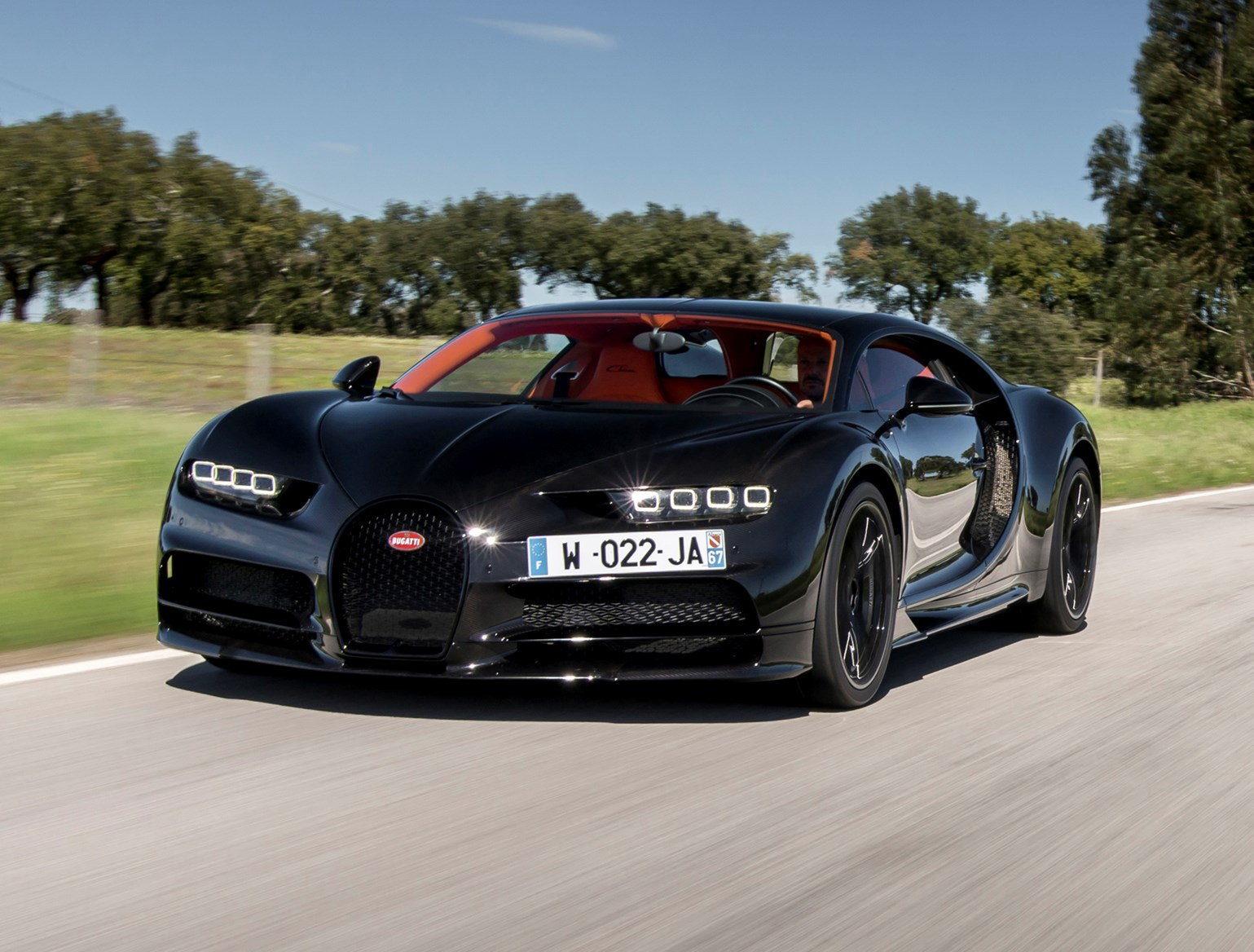 bugatti chiron review parkers. Black Bedroom Furniture Sets. Home Design Ideas