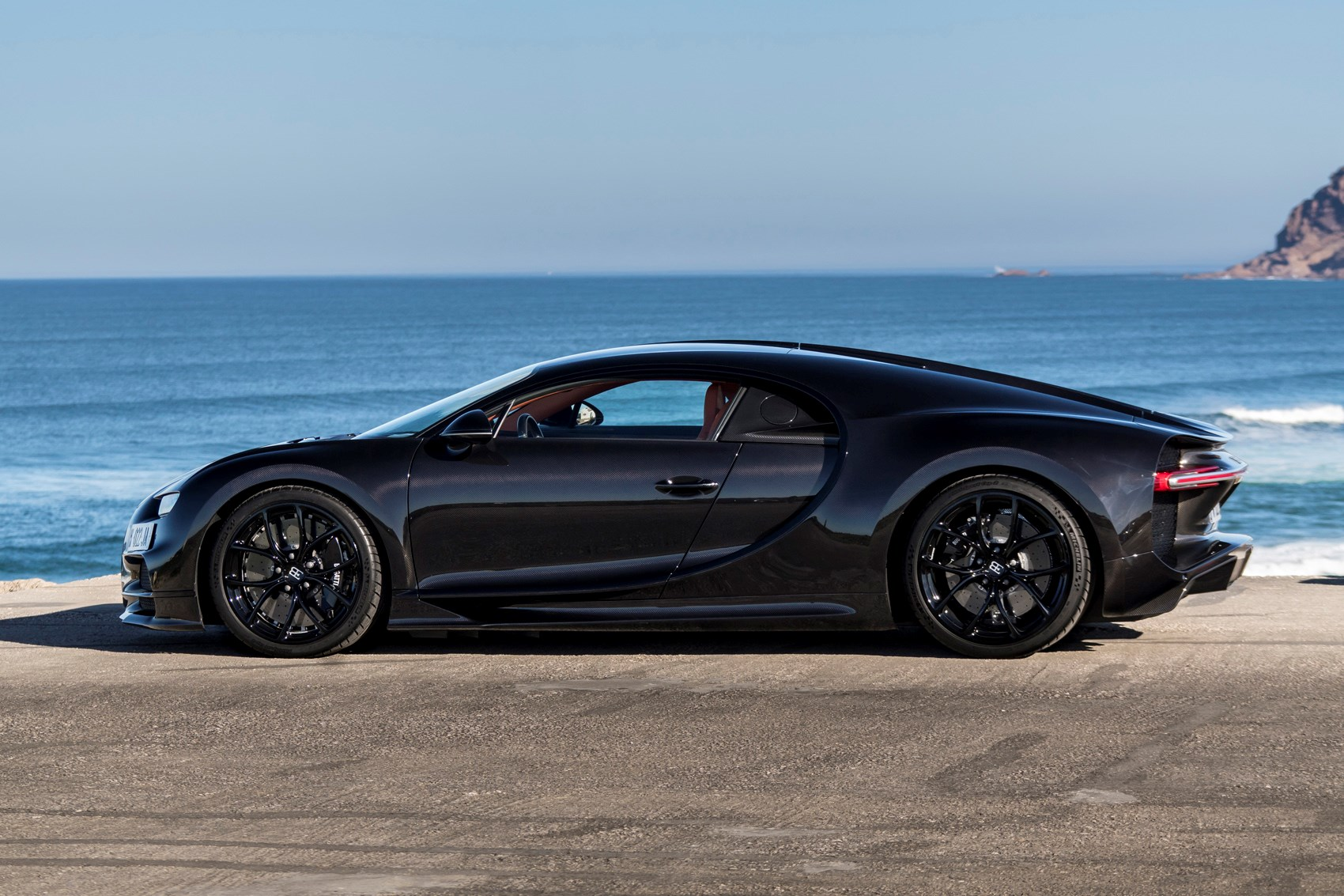 Bugatti Chiron (2019) Practicality, Boot Space & Dimensions | Parkers