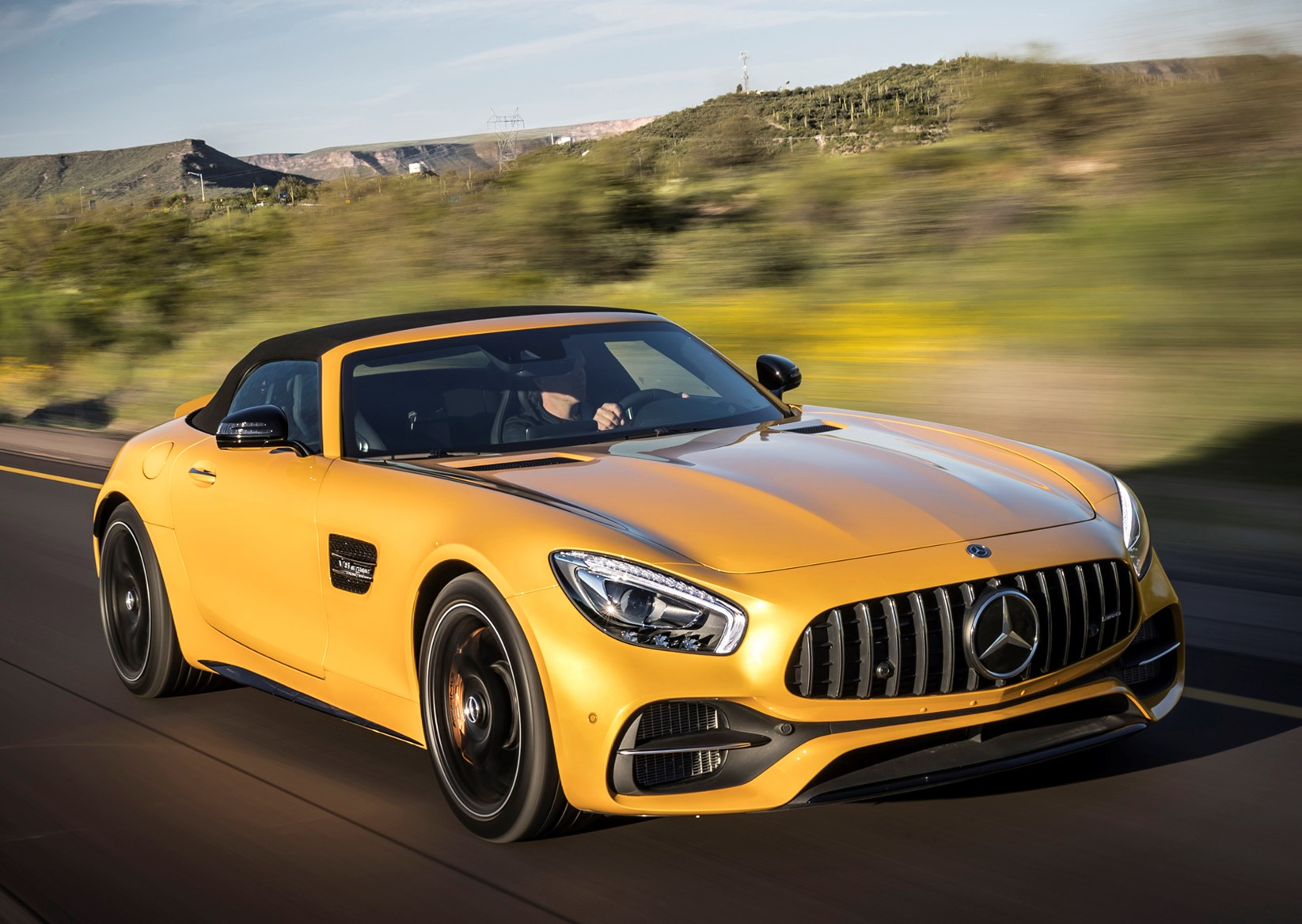 mercedes benz amg gt roadster review 2019 parkers. Black Bedroom Furniture Sets. Home Design Ideas
