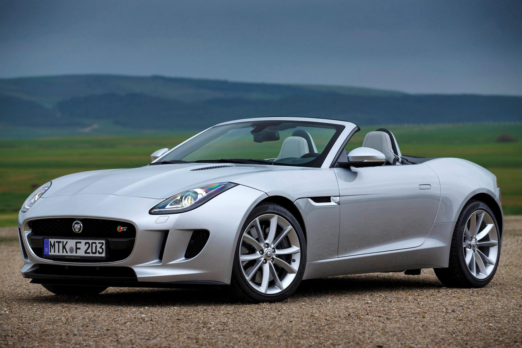 Jaguar F Type The Best Automatic Convertible Cars