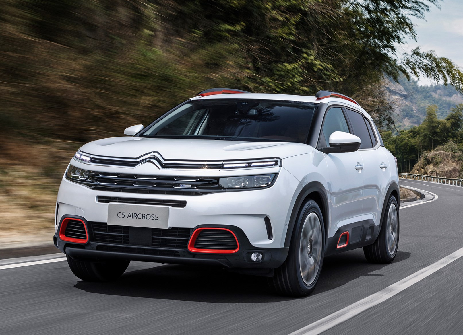 citroen c5 aircross review parkers. Black Bedroom Furniture Sets. Home Design Ideas