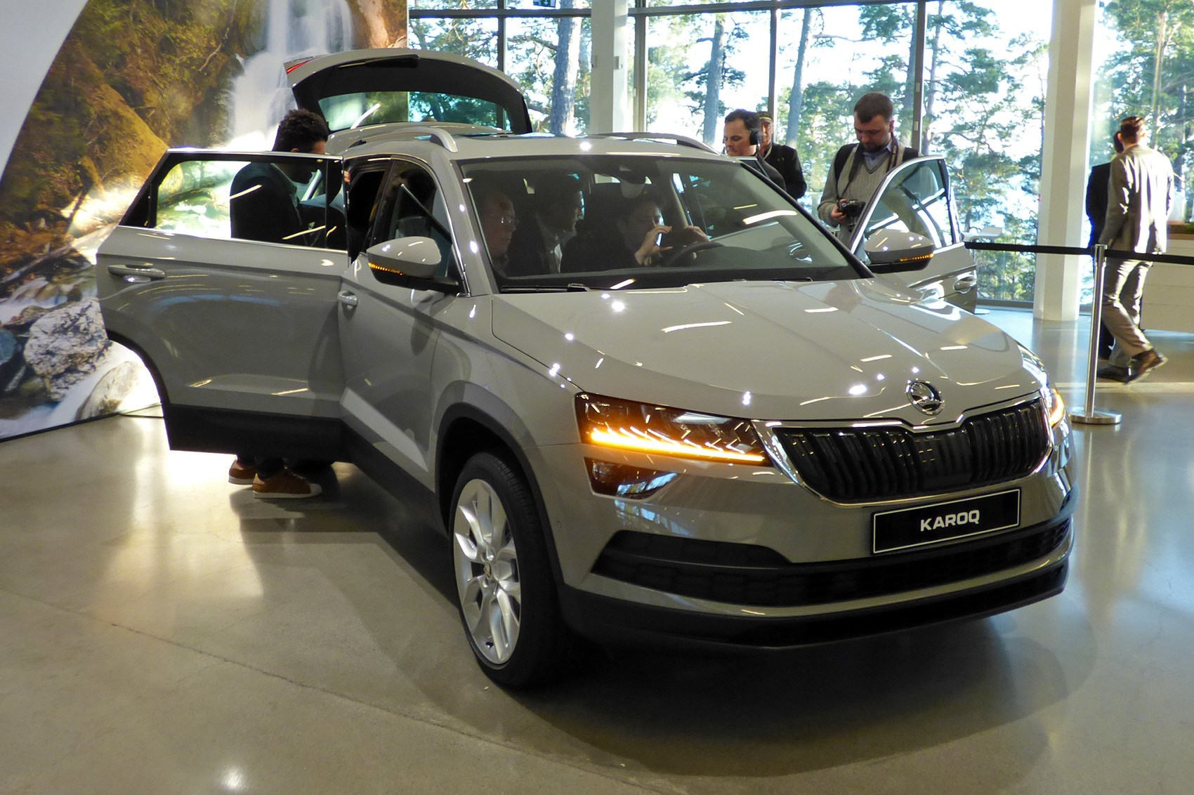 Front Door Colours Skoda Karoq Suv Review Parkers