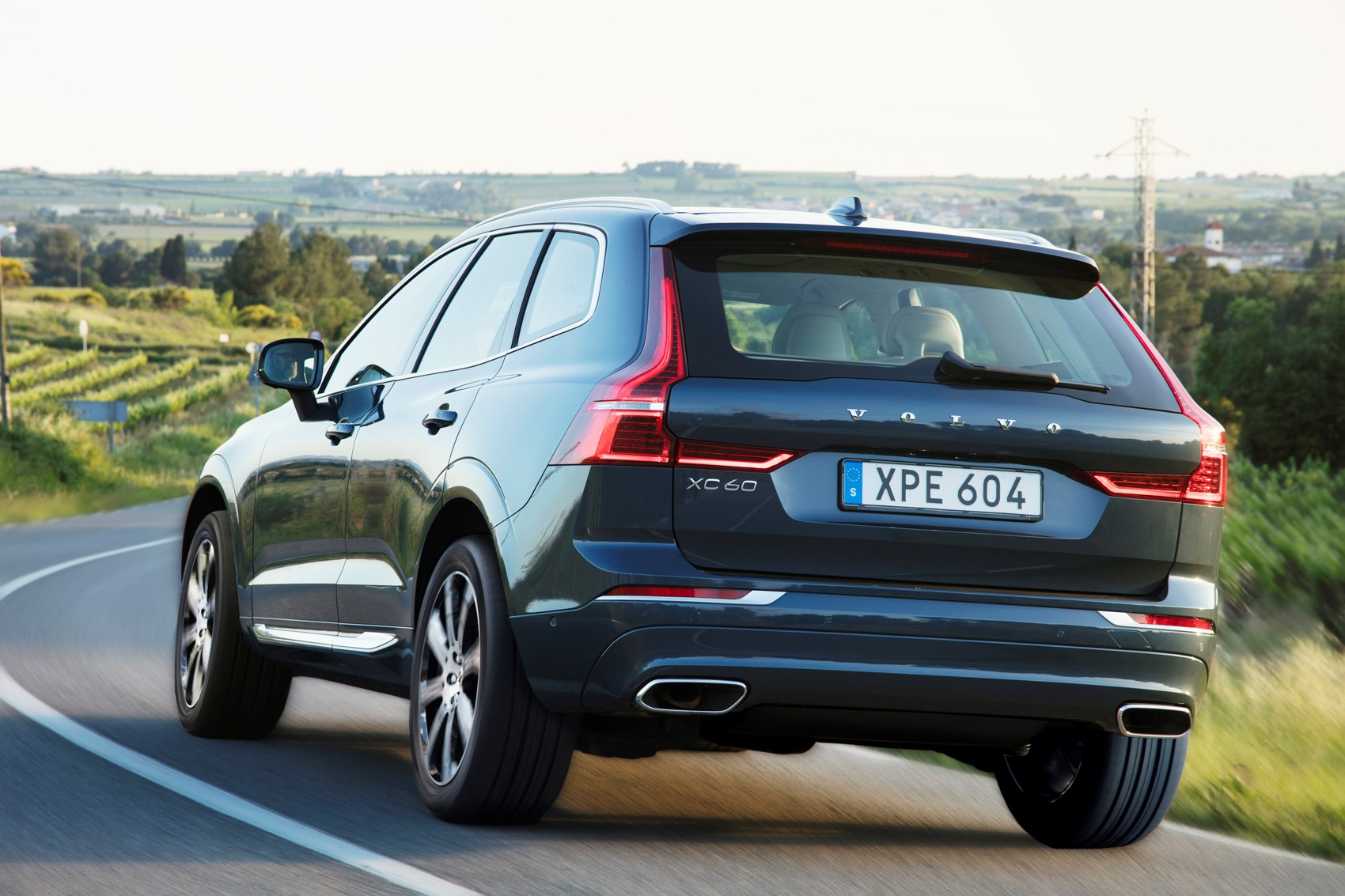 for tools car luxury suv usa download brochure volvo a us models shopping shop