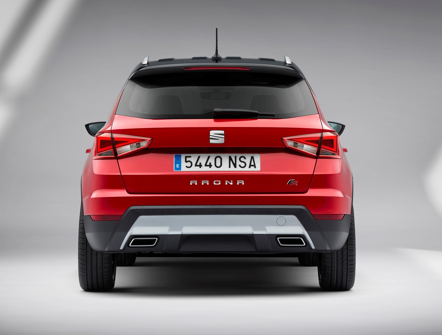 seat arona suv review parkers. Black Bedroom Furniture Sets. Home Design Ideas