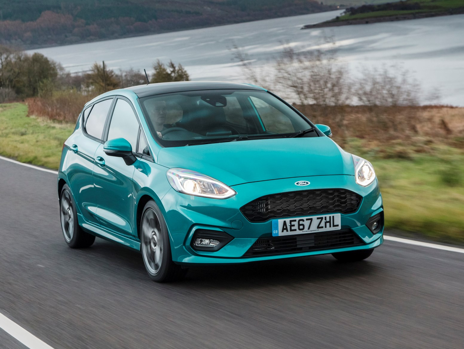 Ford Fiesta ST Line (2021) front driving