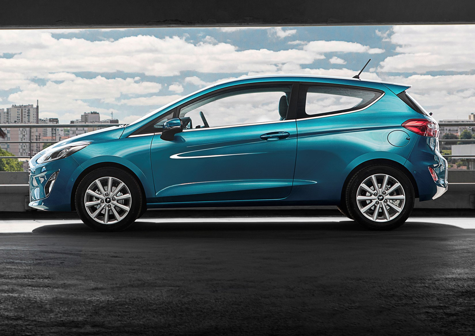 2017 ford fiesta review parkers. Black Bedroom Furniture Sets. Home Design Ideas
