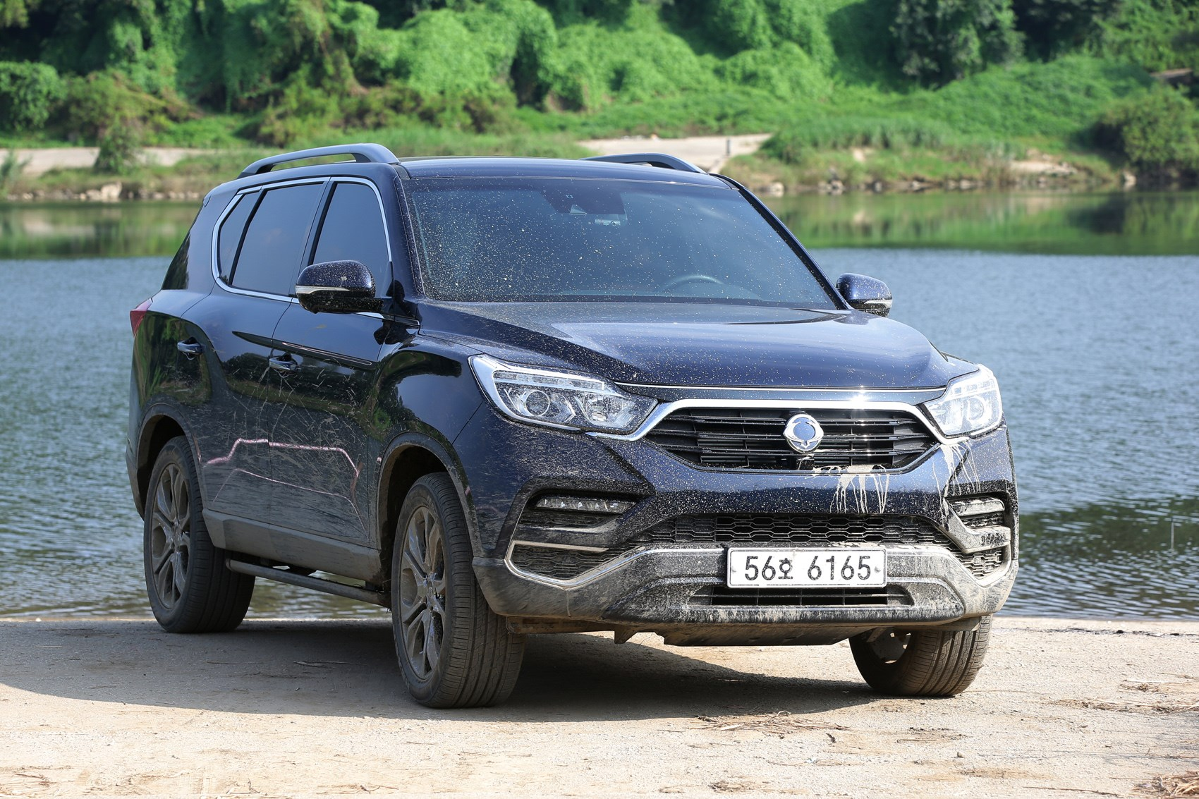 ssangyong rexton suv 2018 features equipment and accessories parkers. Black Bedroom Furniture Sets. Home Design Ideas