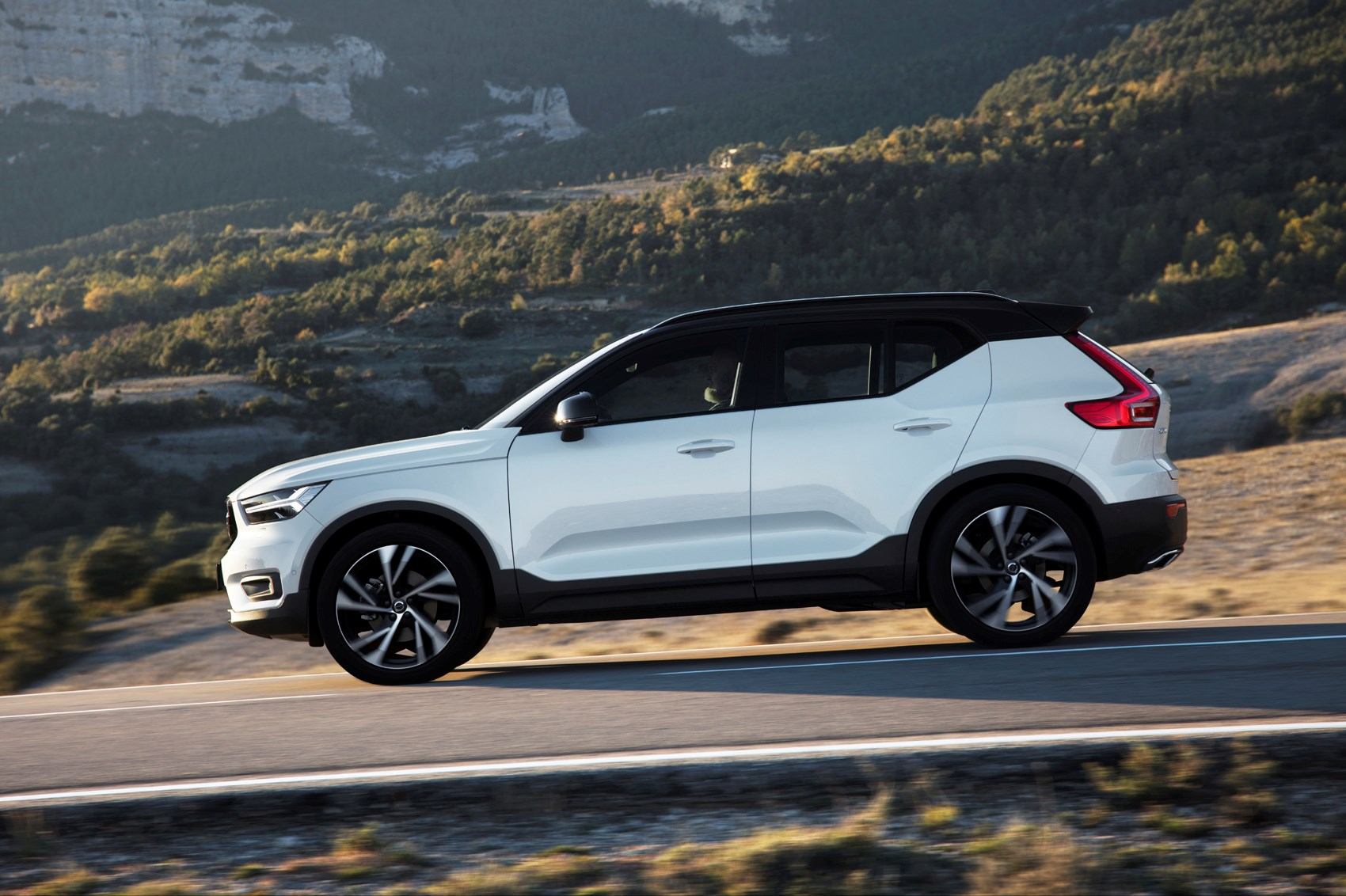 Volvo Xc40 Review 2019 Parkers