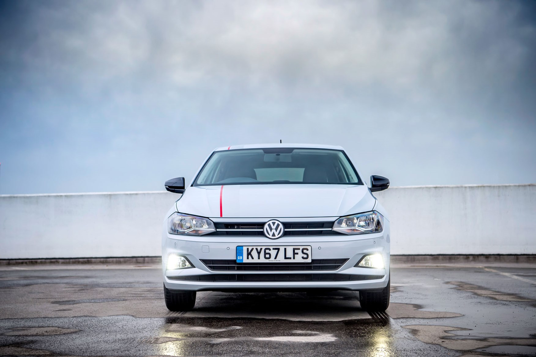 Volkswagen Polo Review (2019) | Parkers
