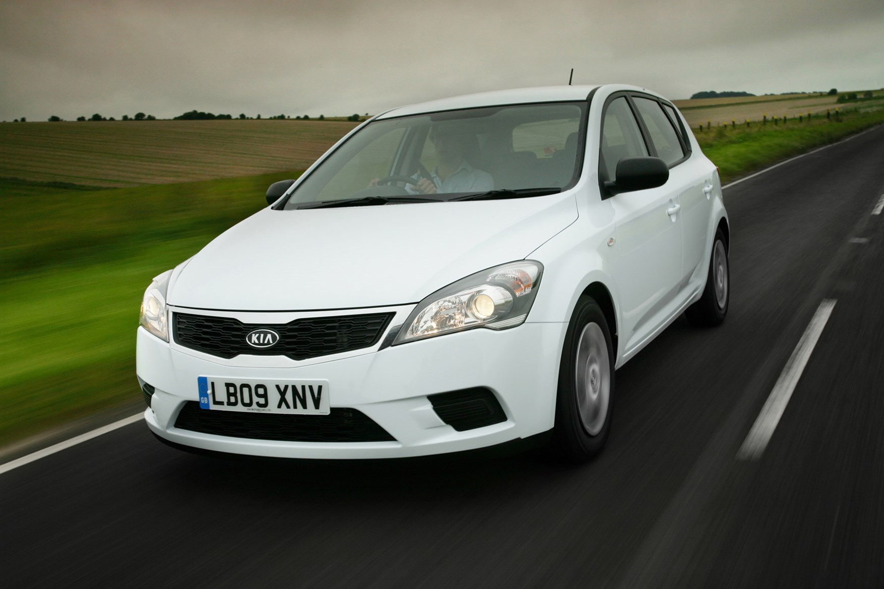 The best medium hatchbacks for less than £5,000 | Parkers