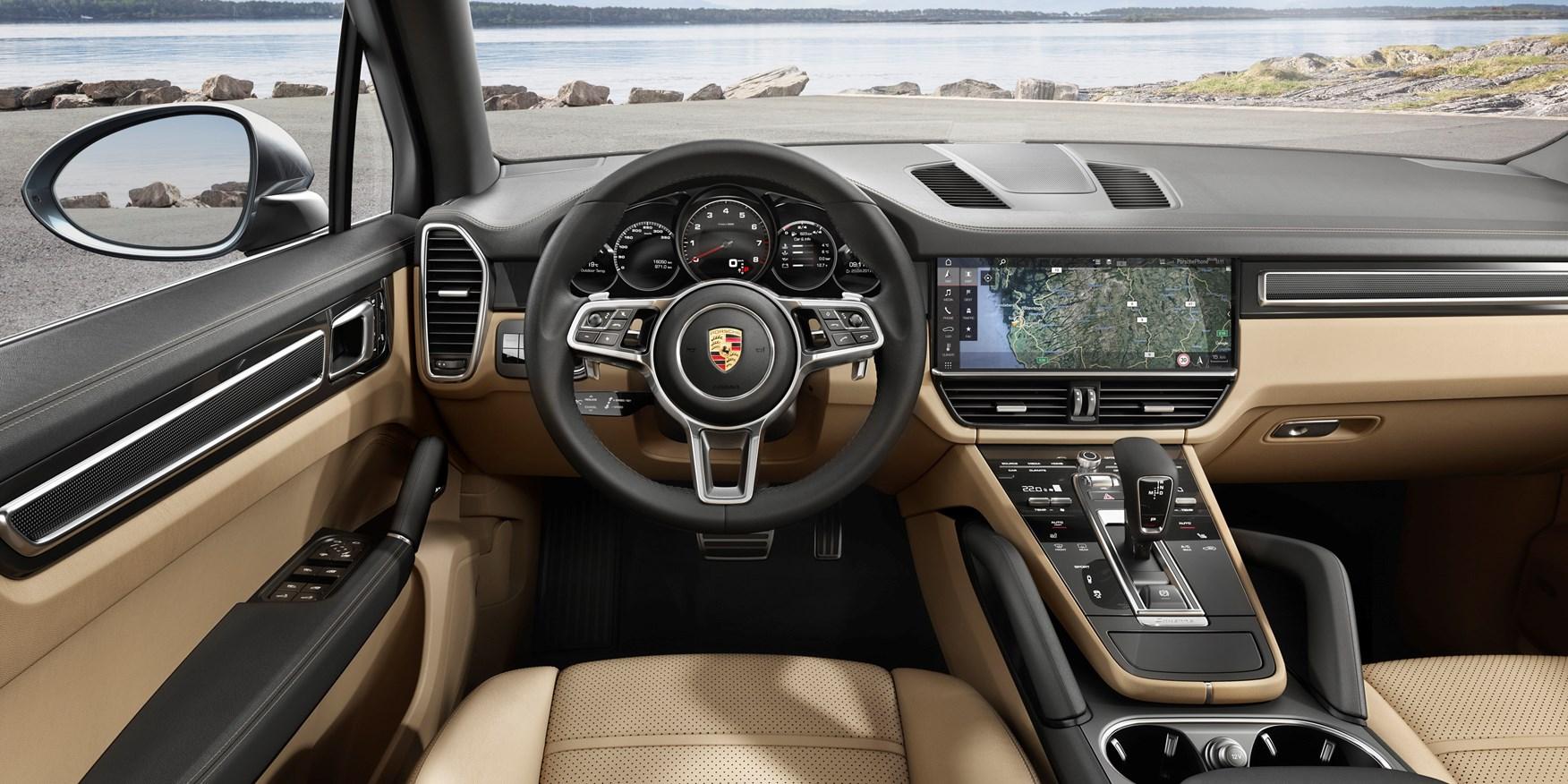Porsche 2018 Cayenne Interior Detail