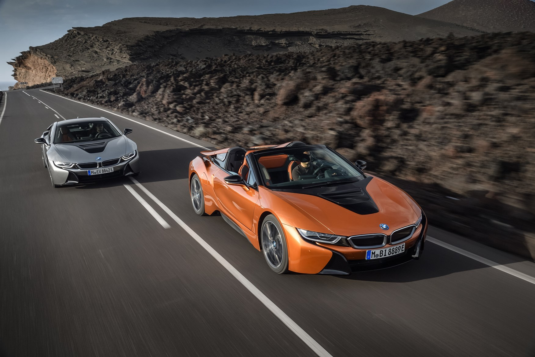 Bmw 2018 I8 Roadster Driving