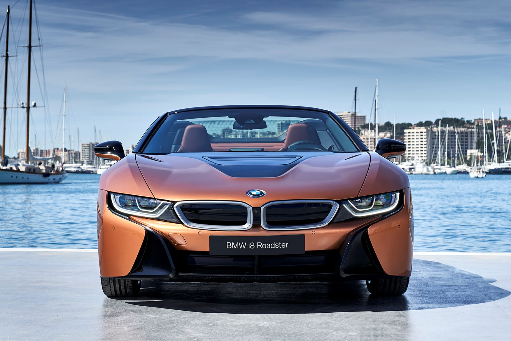 BMW i8 Roadster (2019) Practicality & Boot Space | Parkers
