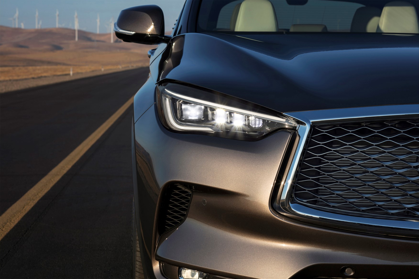 infinity review infiniti test road