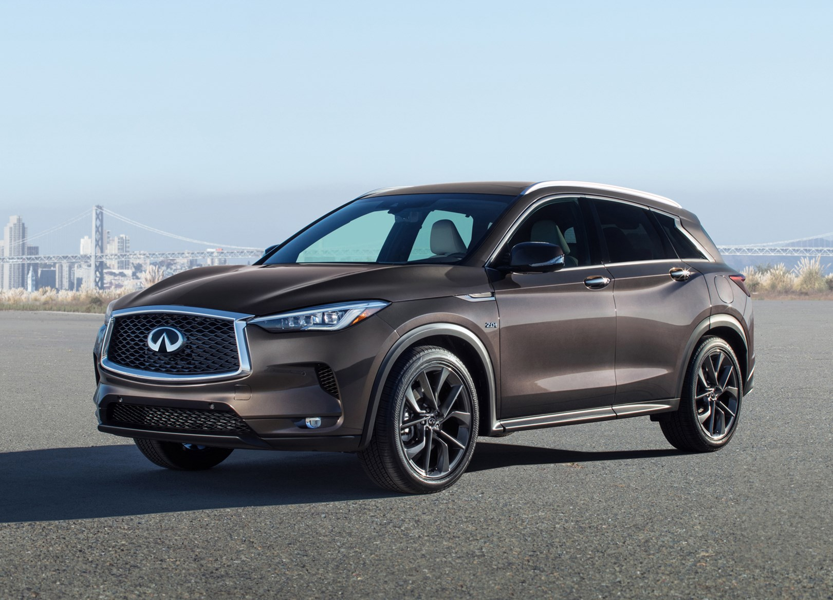 review first side infiniti front old view looking same cars but drive better motor
