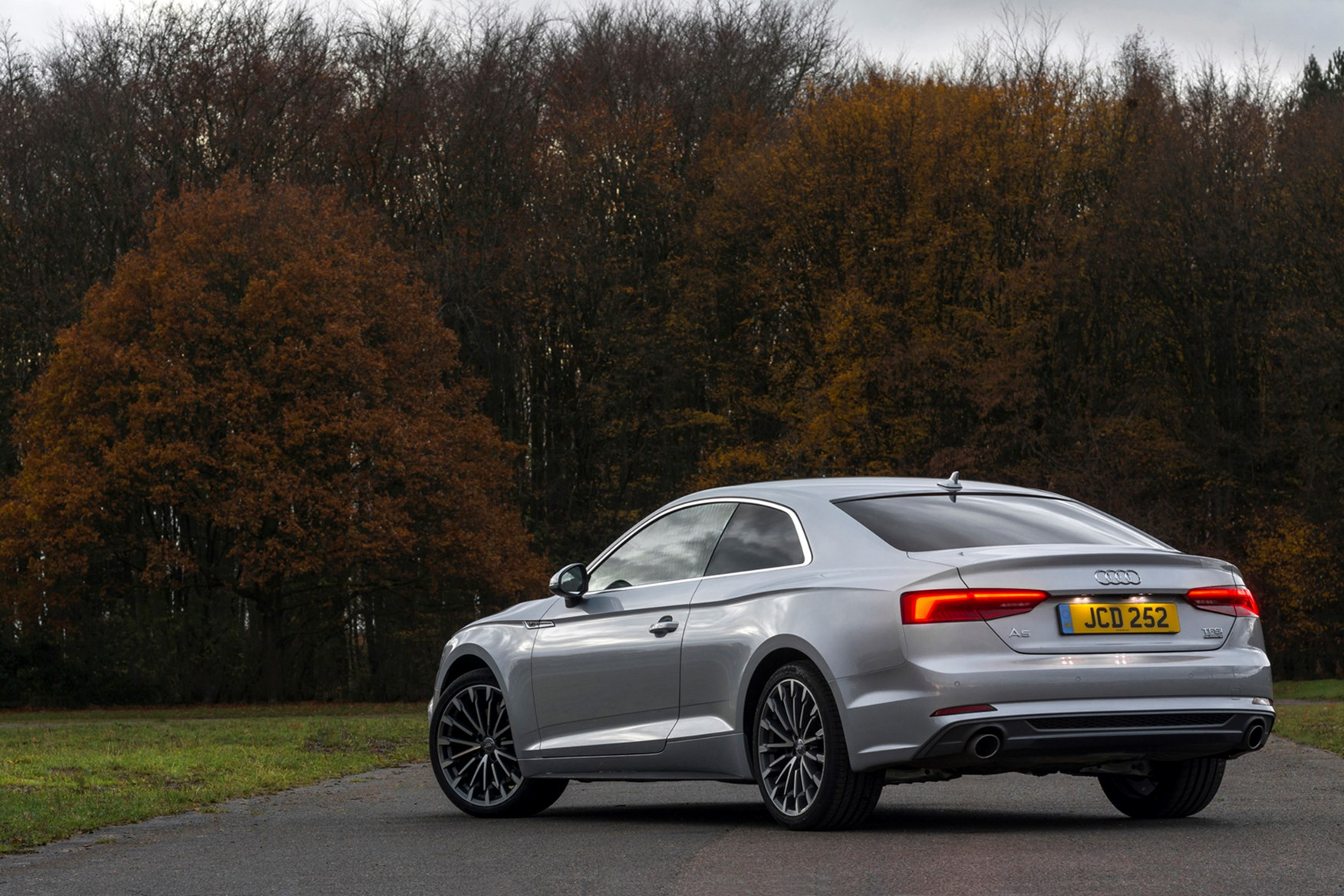 audi 39 s a5 gains 1 4 litre tfsi engine parkers. Black Bedroom Furniture Sets. Home Design Ideas